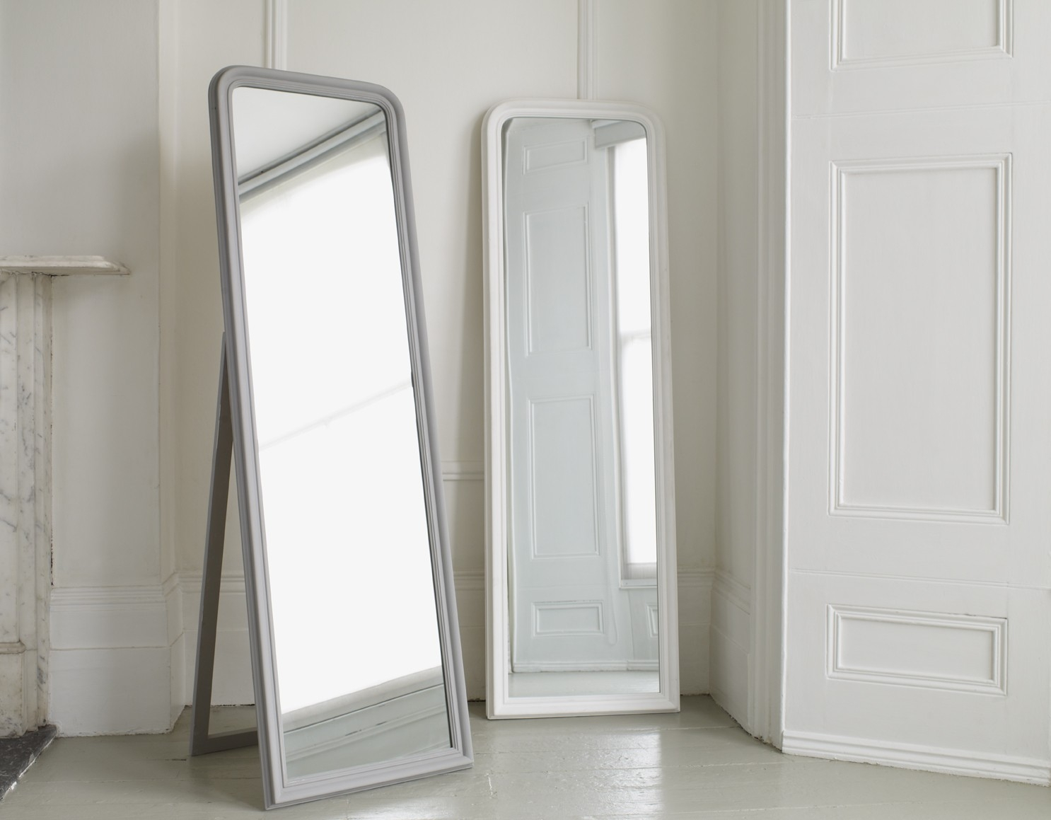 A Simple Yet Elegant Full Length Mirror Available In Classic Regarding Full Length Free Standing Mirror With Drawer (Image 2 of 15)