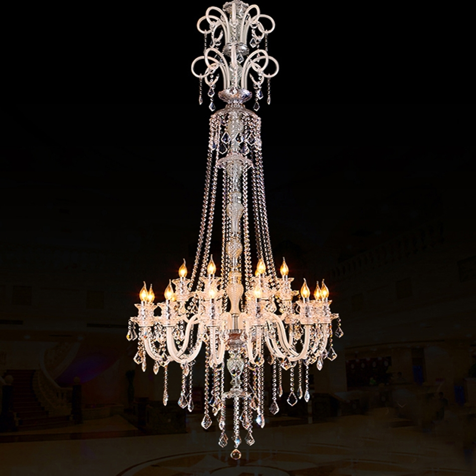 Featured Image of Trendy Chandeliers