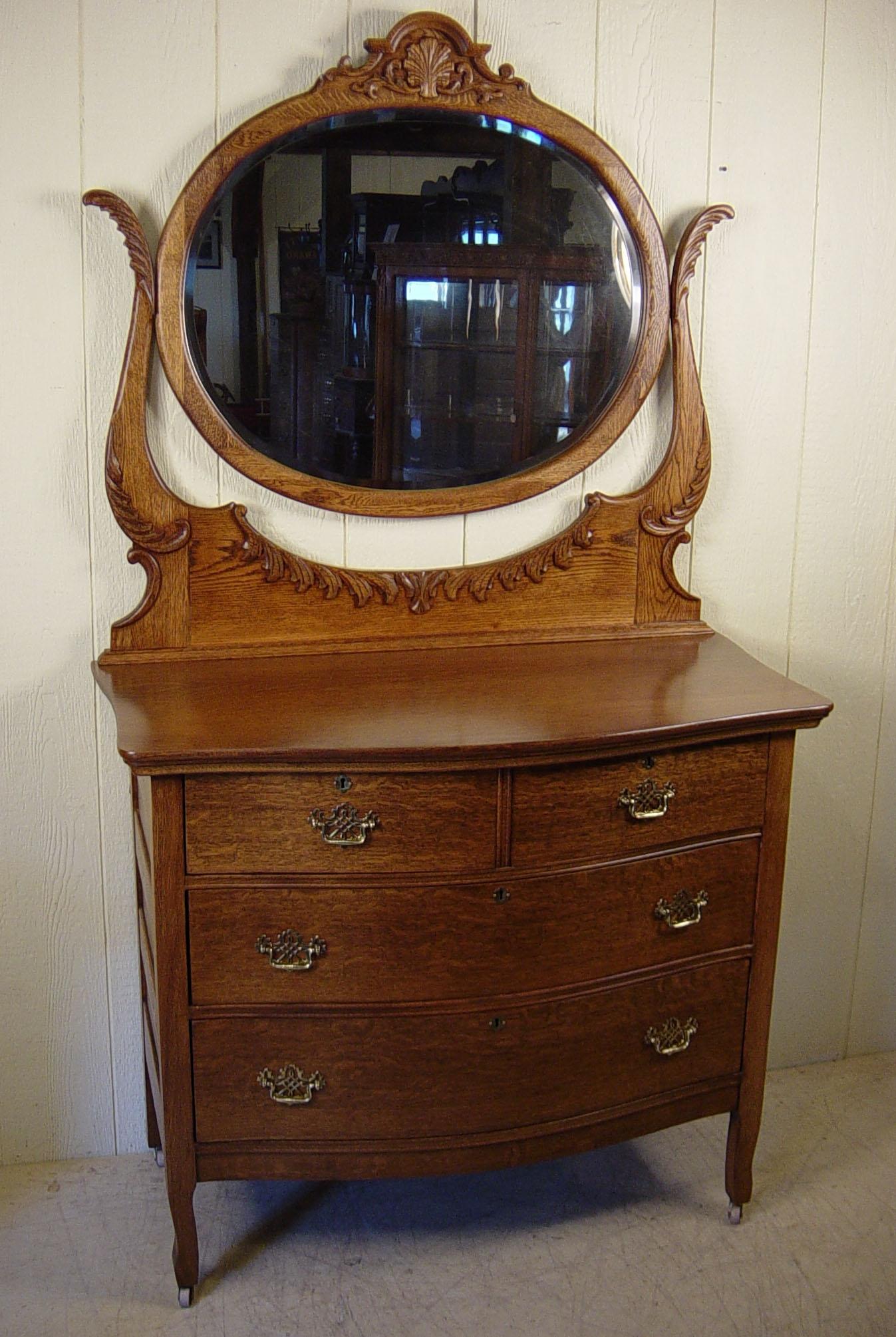Antique Dresser With Oval Mirror Oak Best Antique 2017 Regarding Antique Oak Mirrors (Image 4 of 15)