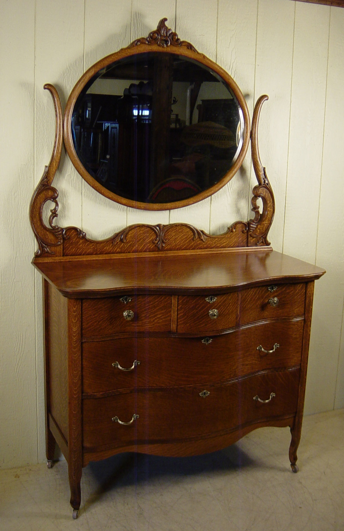 Antique Oak Serpentine Dresser With Mirror Best Antique 2017 Pertaining To Antique Oak Mirrors (View 4 of 15)