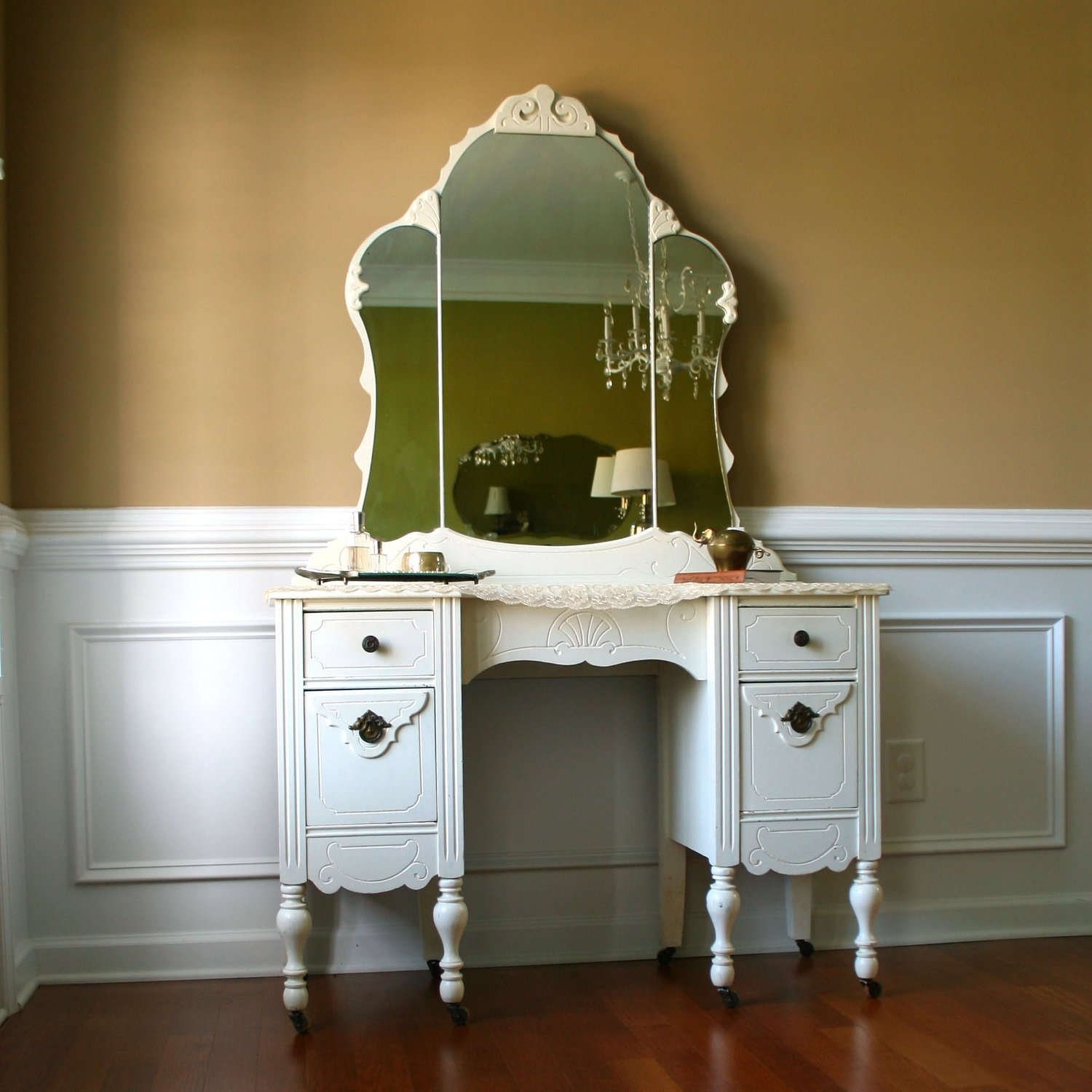 Antique Vanity With Mirror Style Doherty House Intended For Antique Small Mirrors (Image 2 of 15)