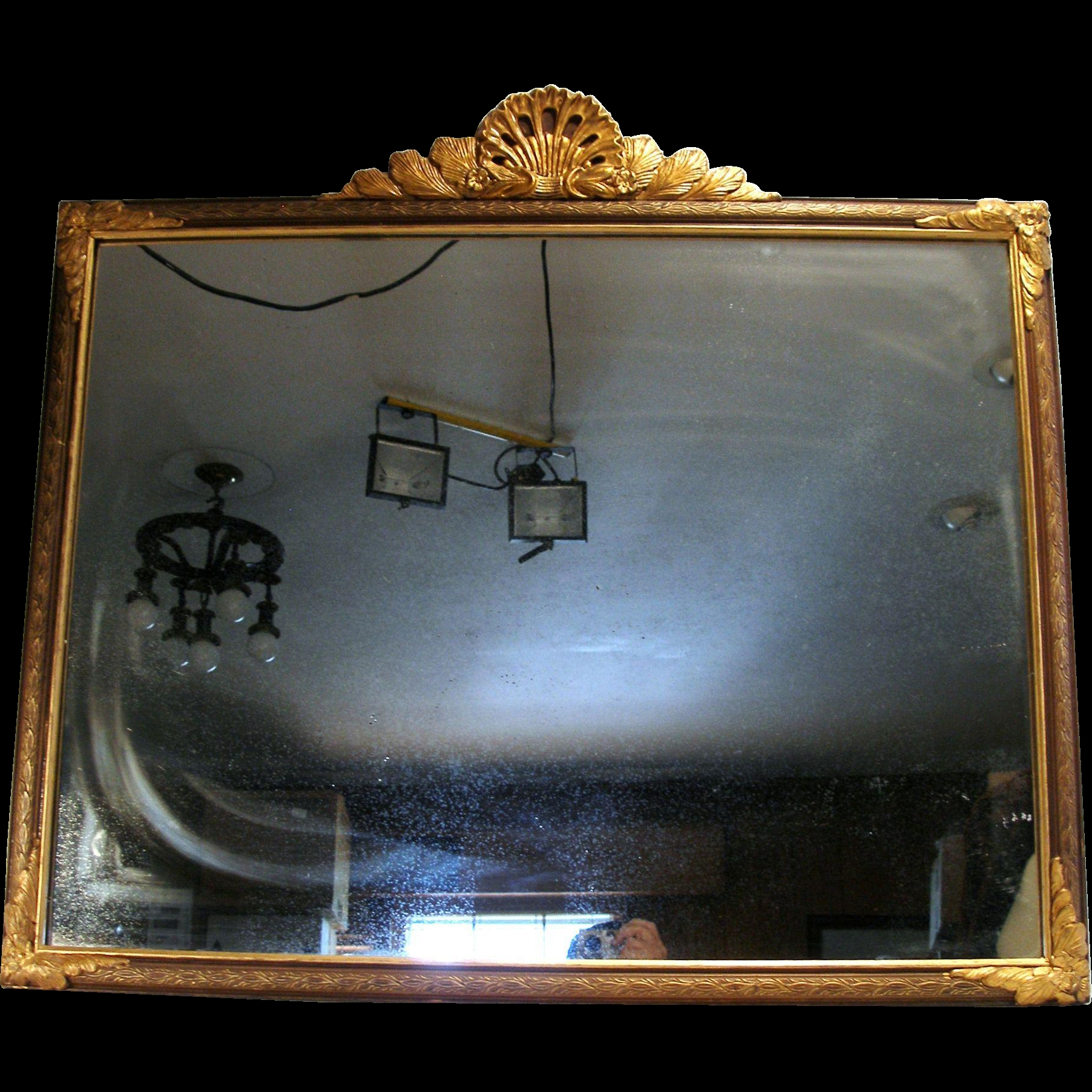 Antique Victorian Style Ny Shell Crest Gold Gilt Wood Frame Wall Throughout Gold Mantle Mirror (Image 2 of 15)