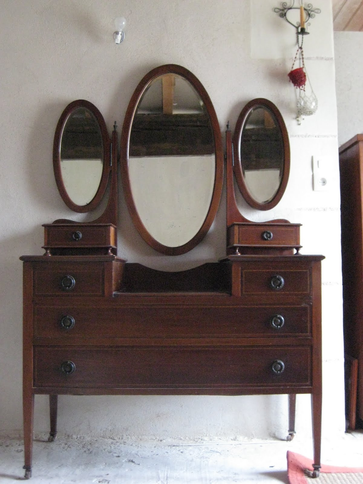 Antique Wood Vanity With Mirror Globorank With Antique Triple Mirror (Image 5 of 15)