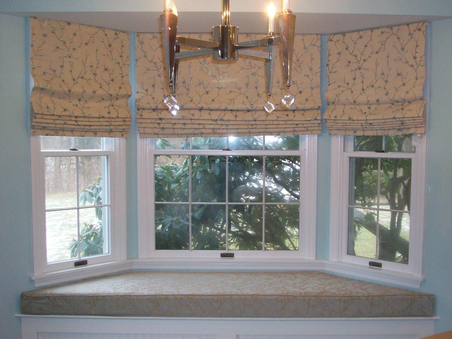 Architecture Designs Download Image Here Small Bay Window Charming For Curtains For Small Bay Windows (Image 2 of 15)
