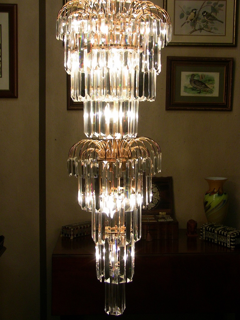 Featured Image of Large Art Deco Chandelier