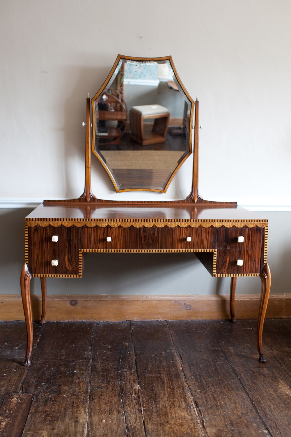 Art Deco Vanity Dressing Table Globorank Intended For Art Deco Mirrored Dressing Table (Image 5 of 15)