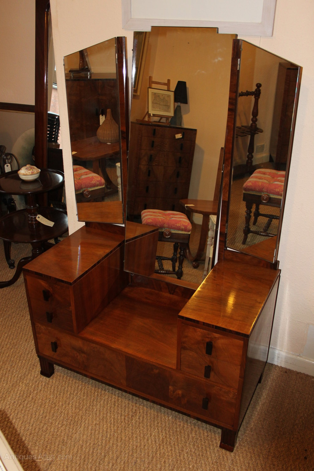 Art Deco Vanity Table Globorank Regarding Art Deco Mirrored Dressing Table (Image 6 of 15)