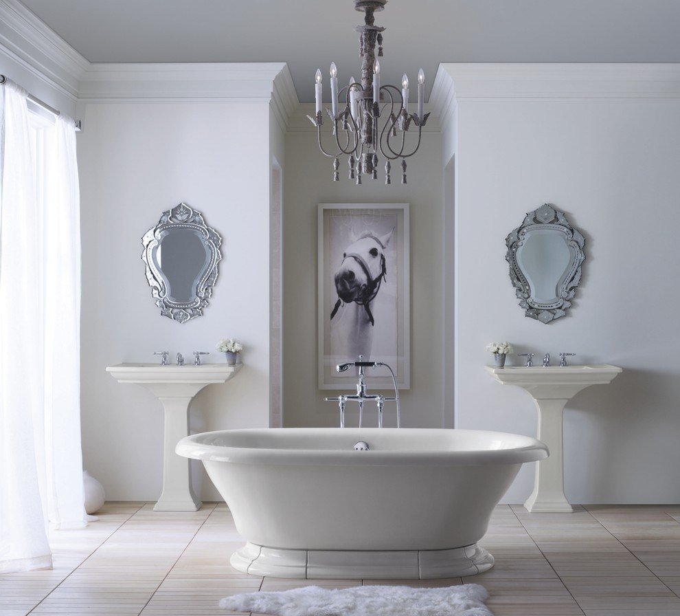 Astounding Venetian Mirror Decorating Ideas Pertaining To Venetian Mirror Bathroom (Image 4 of 15)
