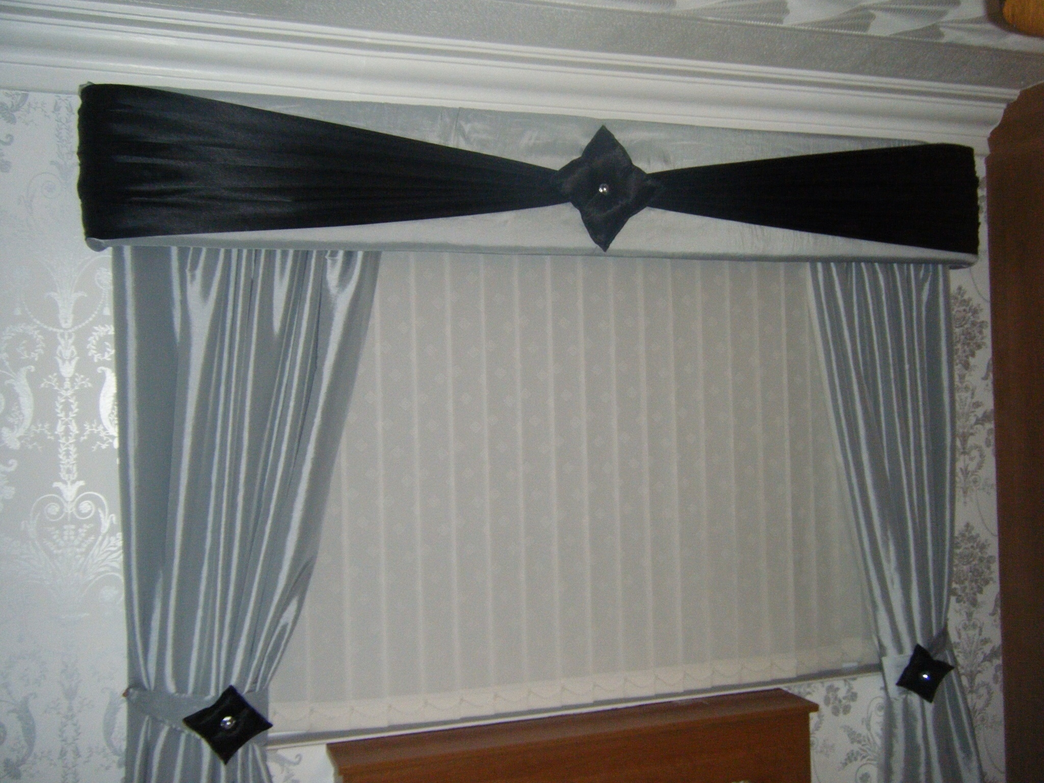 Beautiful Handmade Curtains Pelmets Tie Backs My Curtains With Hand Made Curtains (Image 4 of 15)
