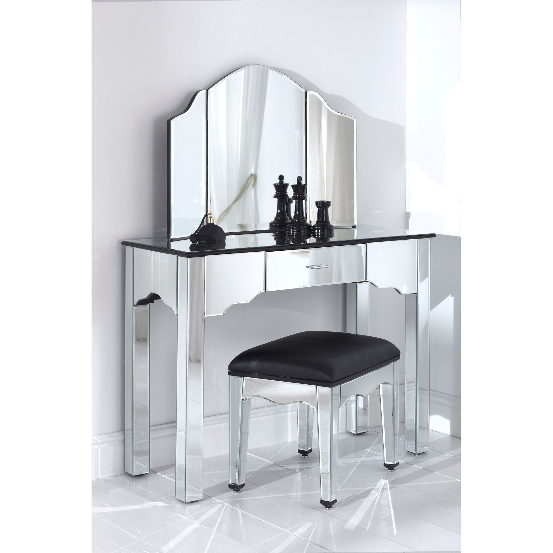Bedroom Furniture Bedroom Vanity Bathroom Mirrors Vintage Inside Contemporary Dressing Table Mirrors (Image 3 of 15)