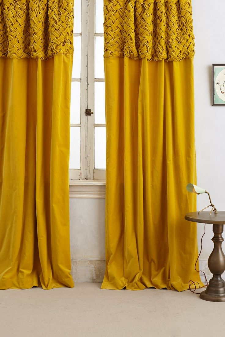 Featured Image of Yellow Velvet Curtains