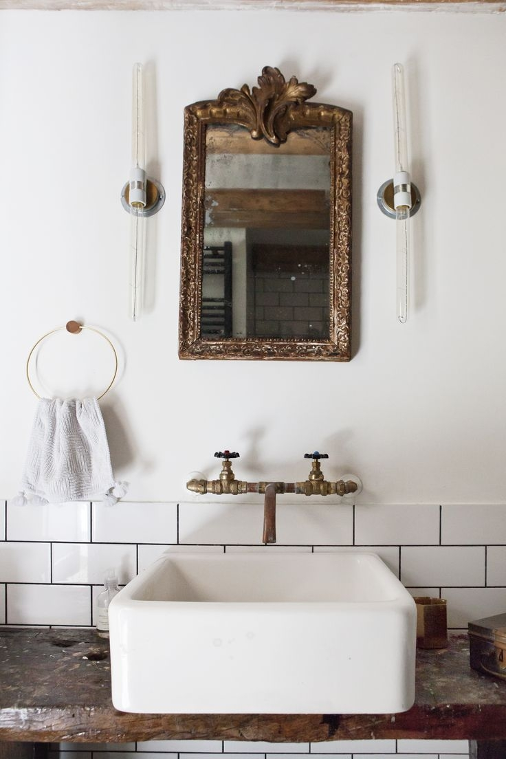 Best 25 Vintage Bathroom Mirrors Ideas On Pinterest Throughout Vintage Style Bathroom Mirrors (Image 2 of 15)
