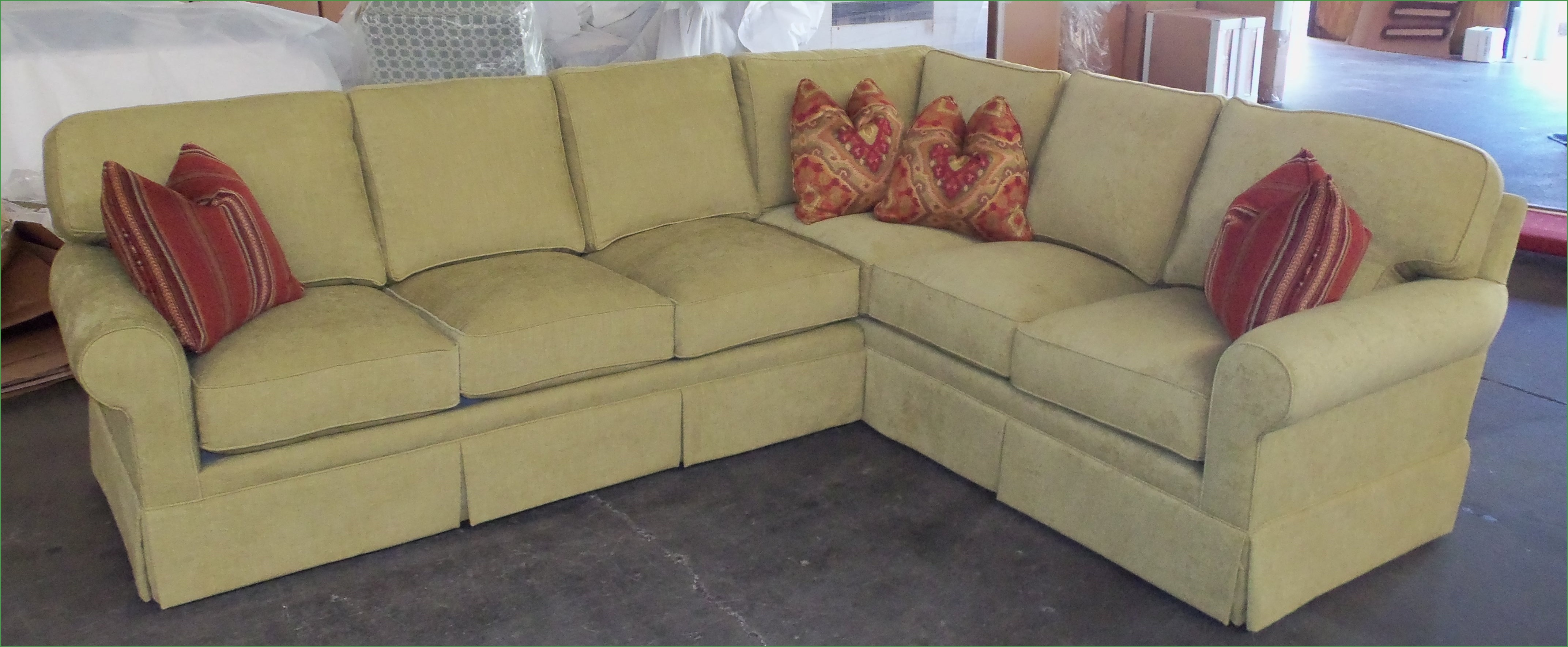 Bentley Sectional Sofa King Hickory Thesofa