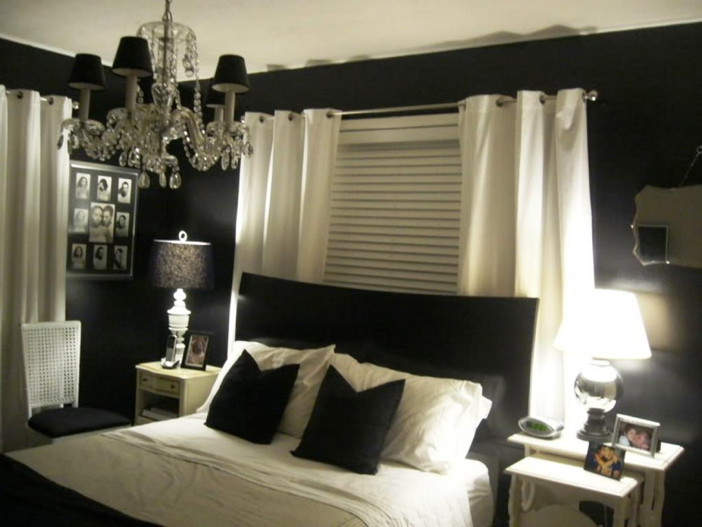 Big Beautiful Bedrooms Black Chandelier Bedroom Luxury White Sofa Inside Black Chandelier Bedroom (Image 3 of 15)