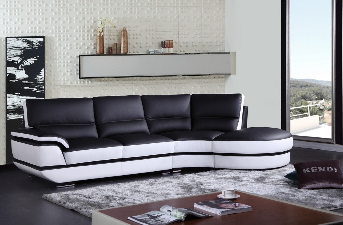 Black And White Sectional Sofas Hotelsbacau Throughout Black And White Sectional Sofa (Image 6 of 15)