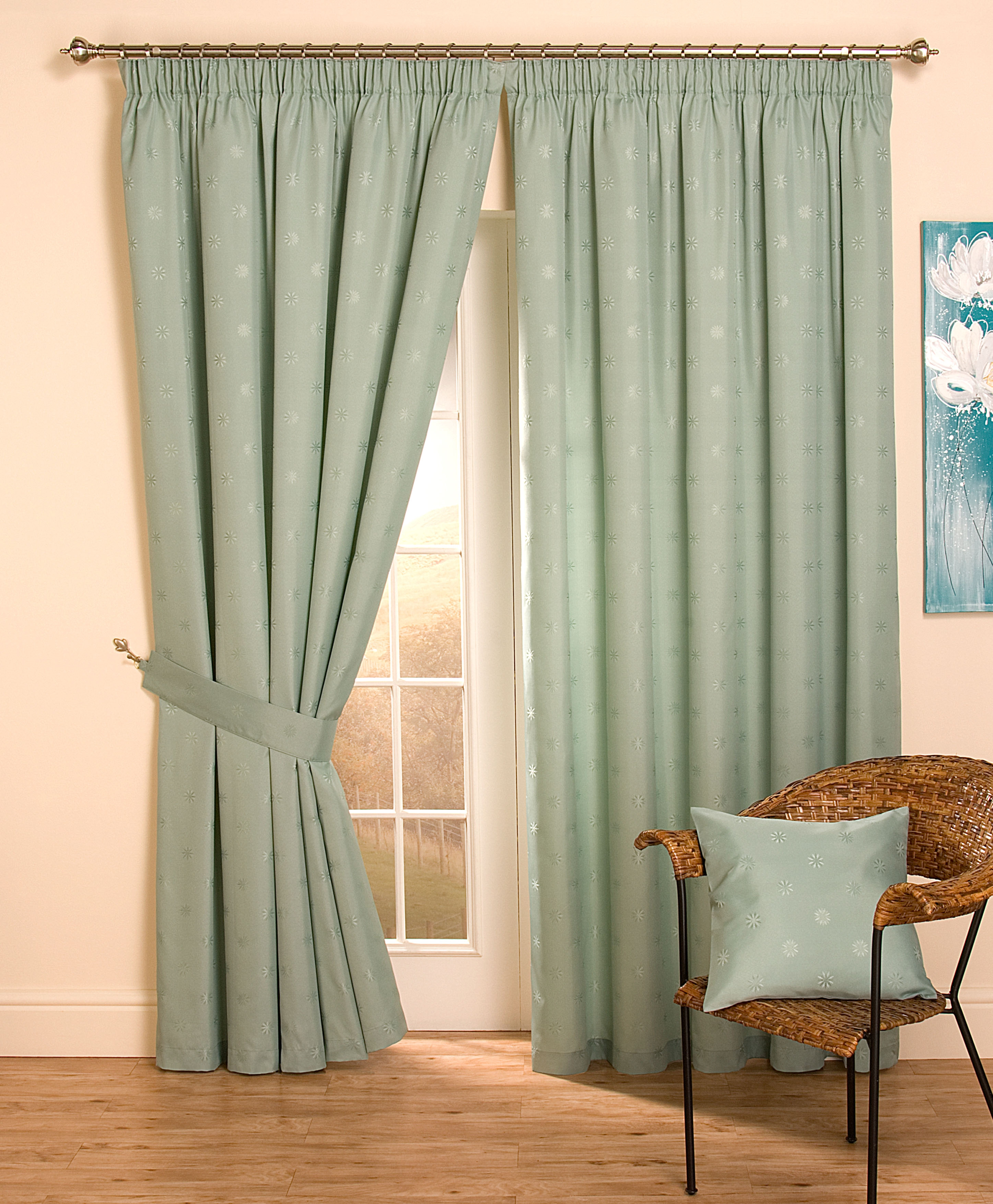 Blackout Thermal Curtains Pencil Pleat Best Curtains 2017 Inside Thermal Lined Drapes (Image 4 of 15)