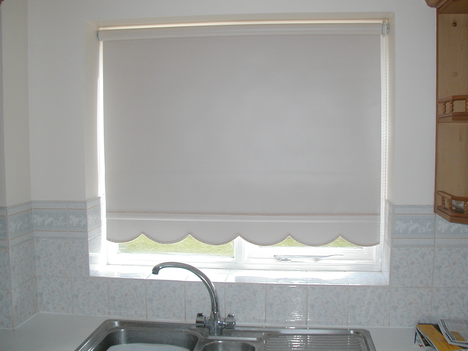 Blind Cleaning Professional And Diy Cleaning Tips Throughout Cloth Roller Blinds (Image 3 of 15)
