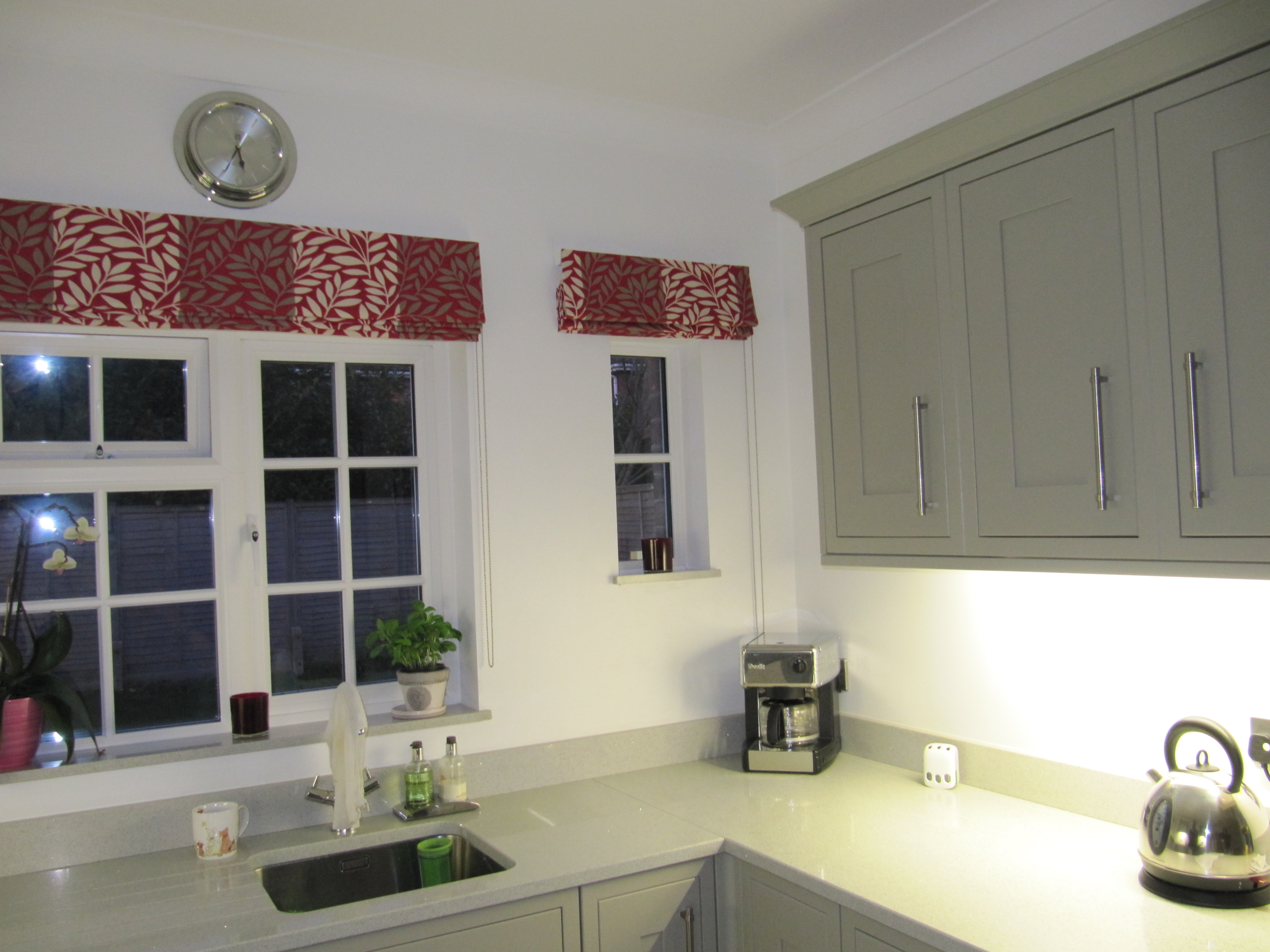 Captivating 15 Collection Of Red Roman Blinds Kitchen Curtain Ideas