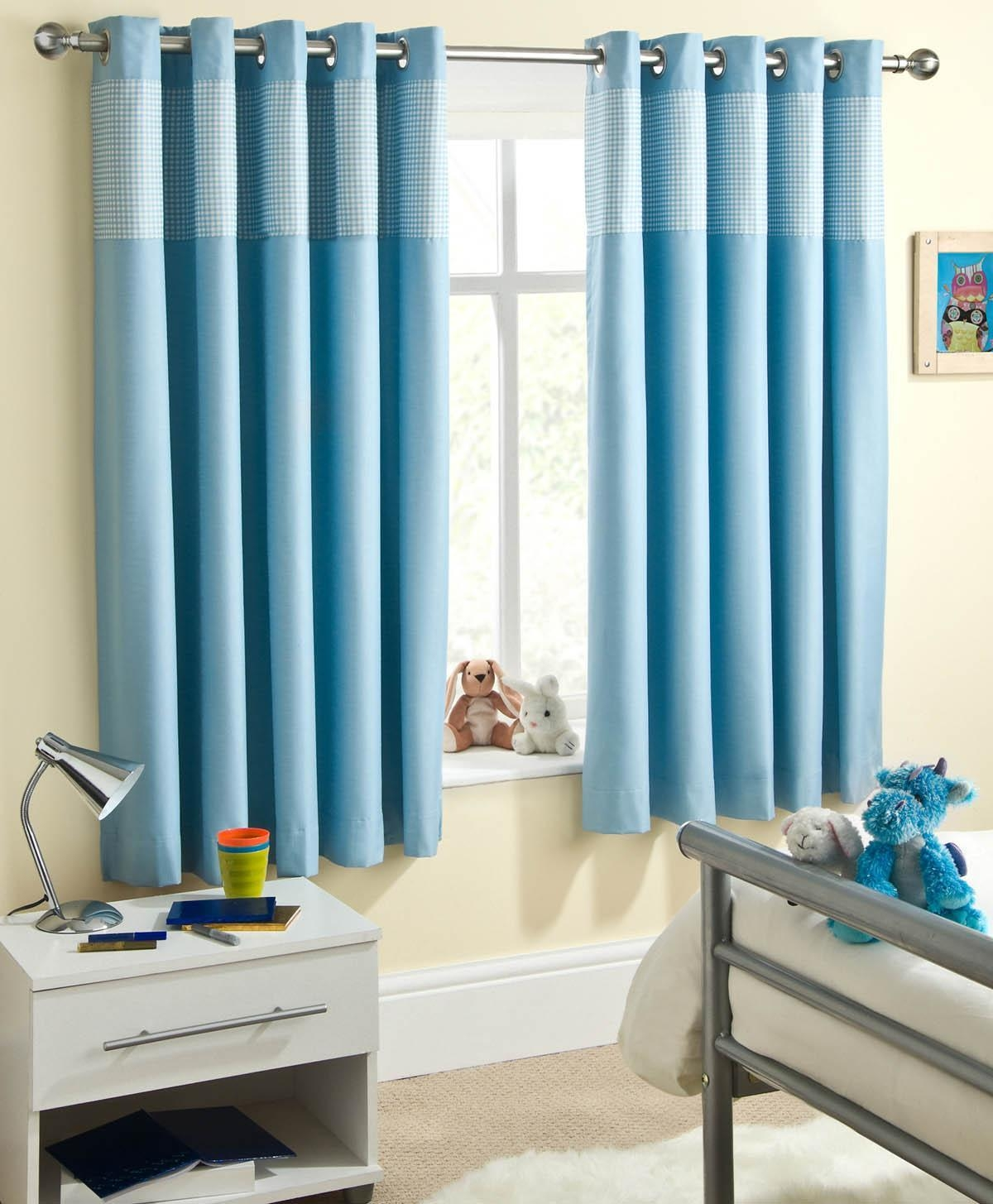 Featured Image of Blue Blackout Curtains Eyelet