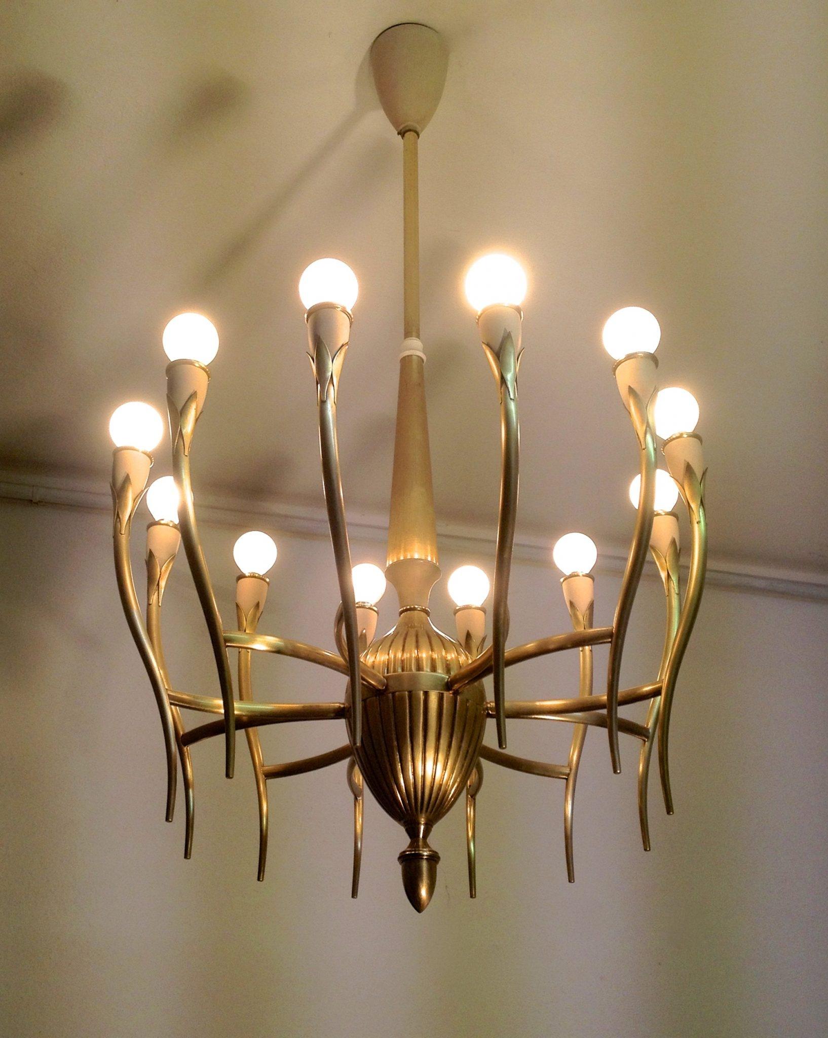 Brass Italian Mid Century Chandelier In The Style Of Guglielmo In Italian Chandelier Style (Image 5 of 15)