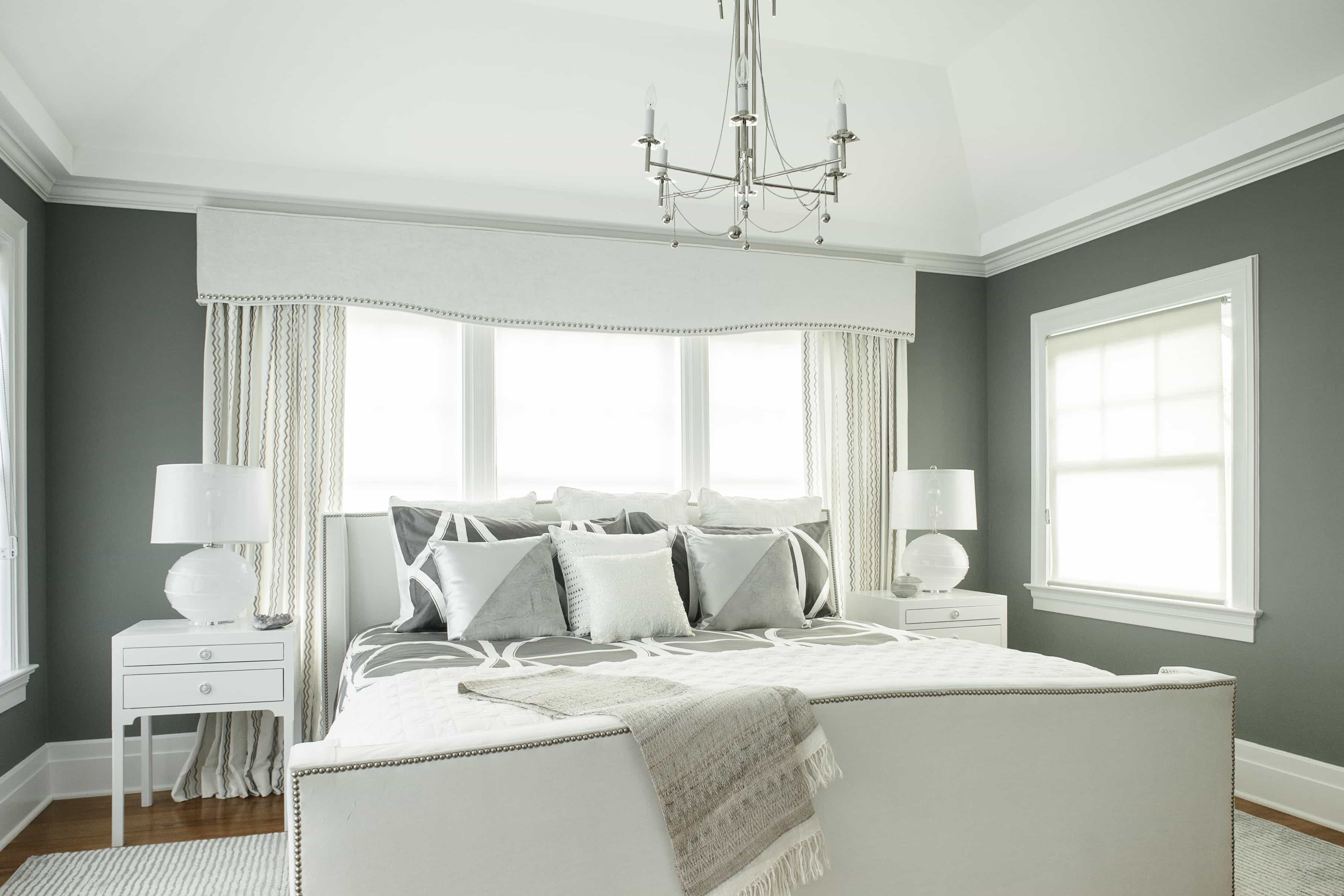 Bright White Window Cornices For Classical Bedroom Design (Image 3 of 20)