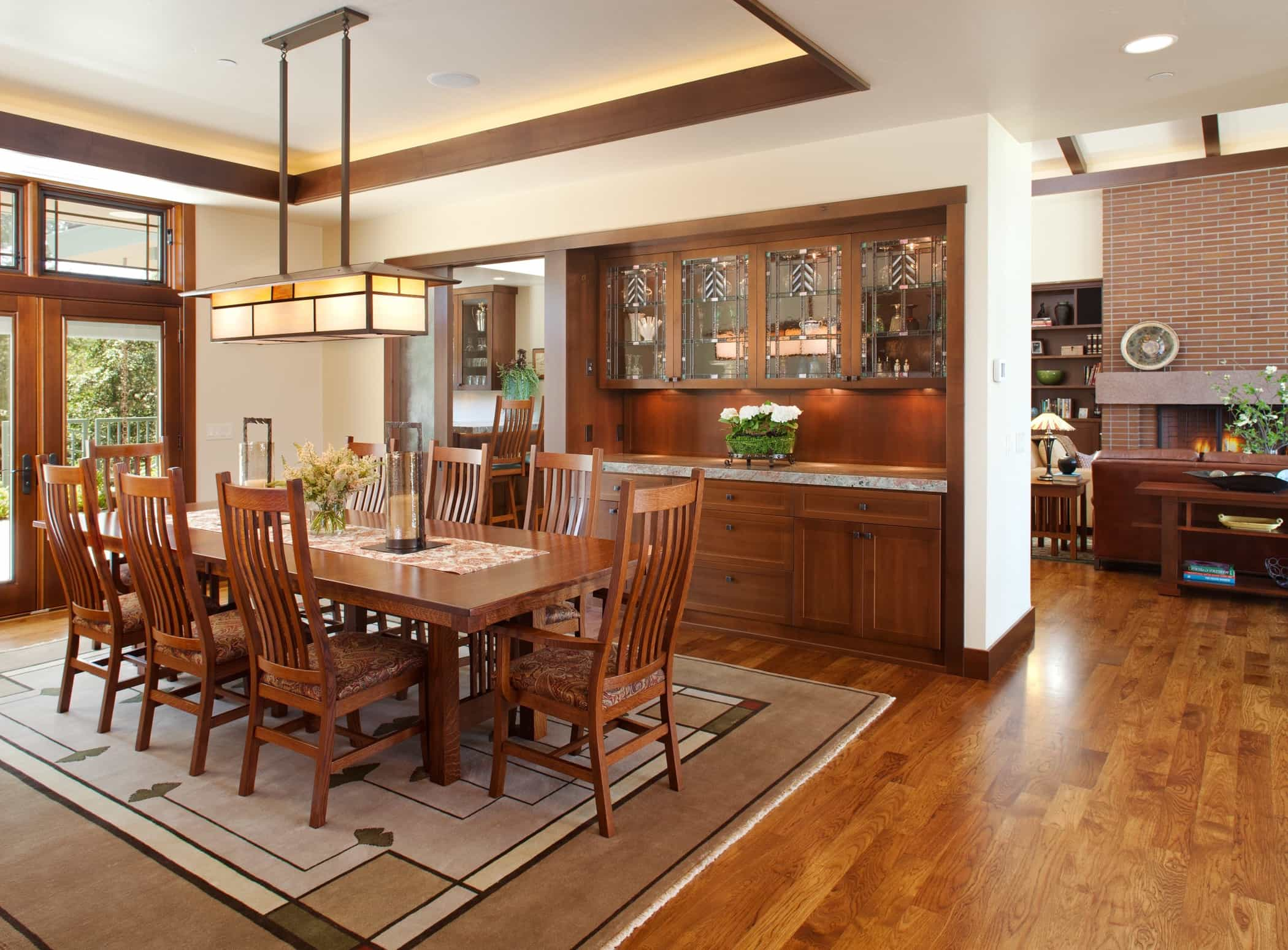 Featured Image of Built In Buffet For Modern Craftsman Dining Room