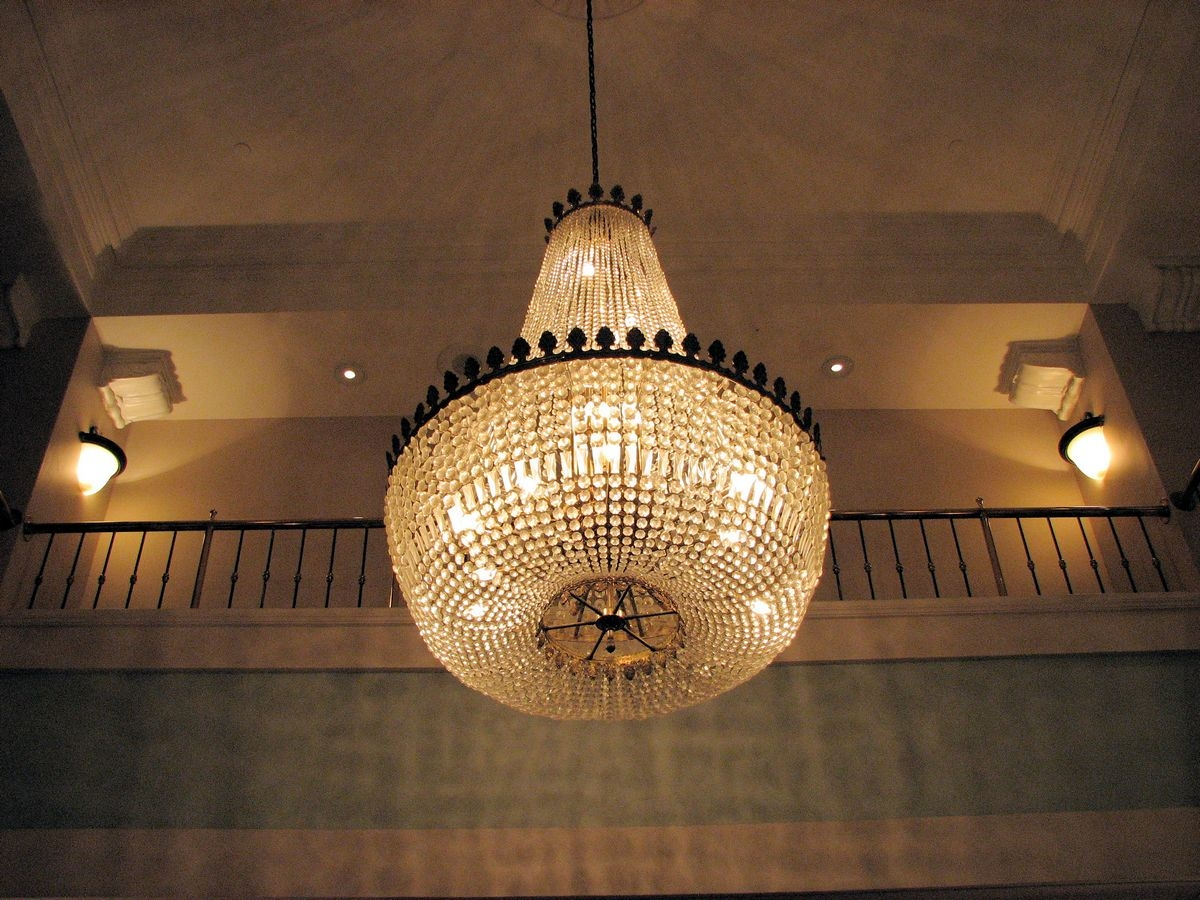 Chandelier Pertaining To Hotel Chandelier (Image 9 of 15)