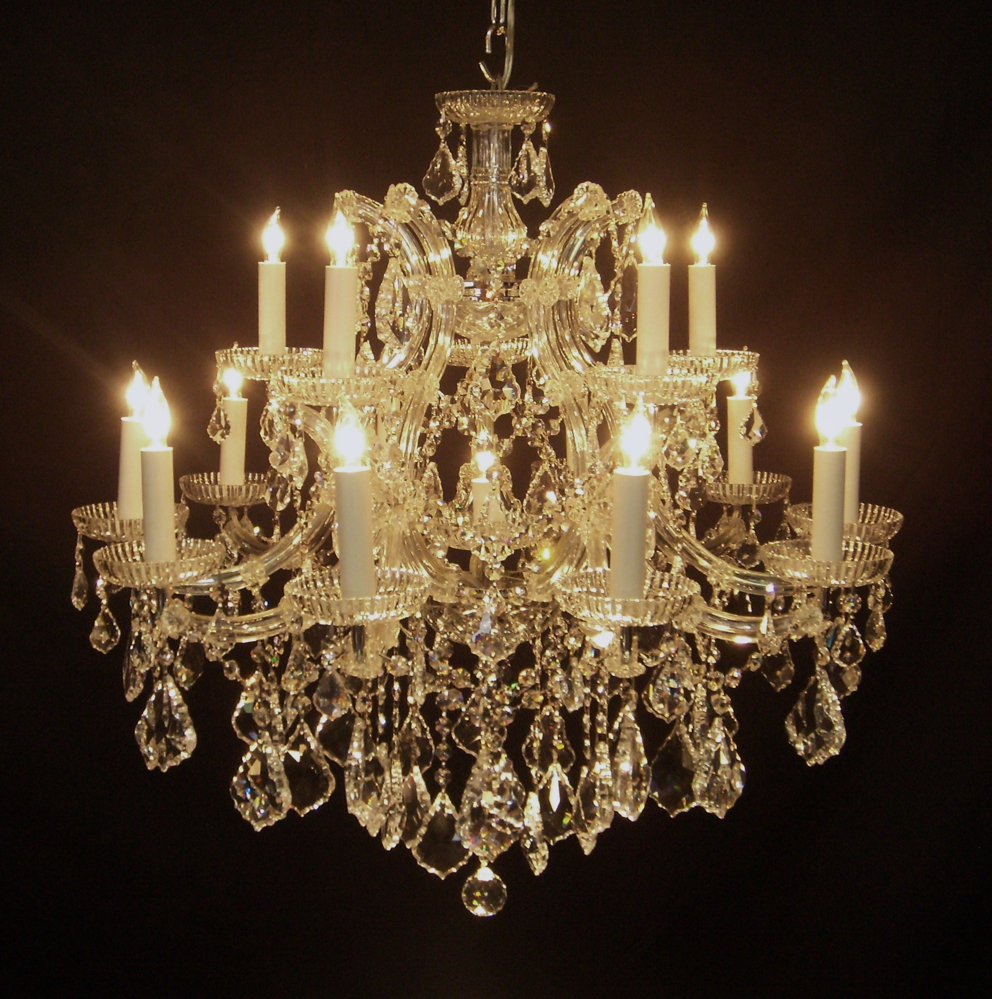 Chandeliers Mortons Antiques Throughout Italian Chandelier Style (View 6 of 15)