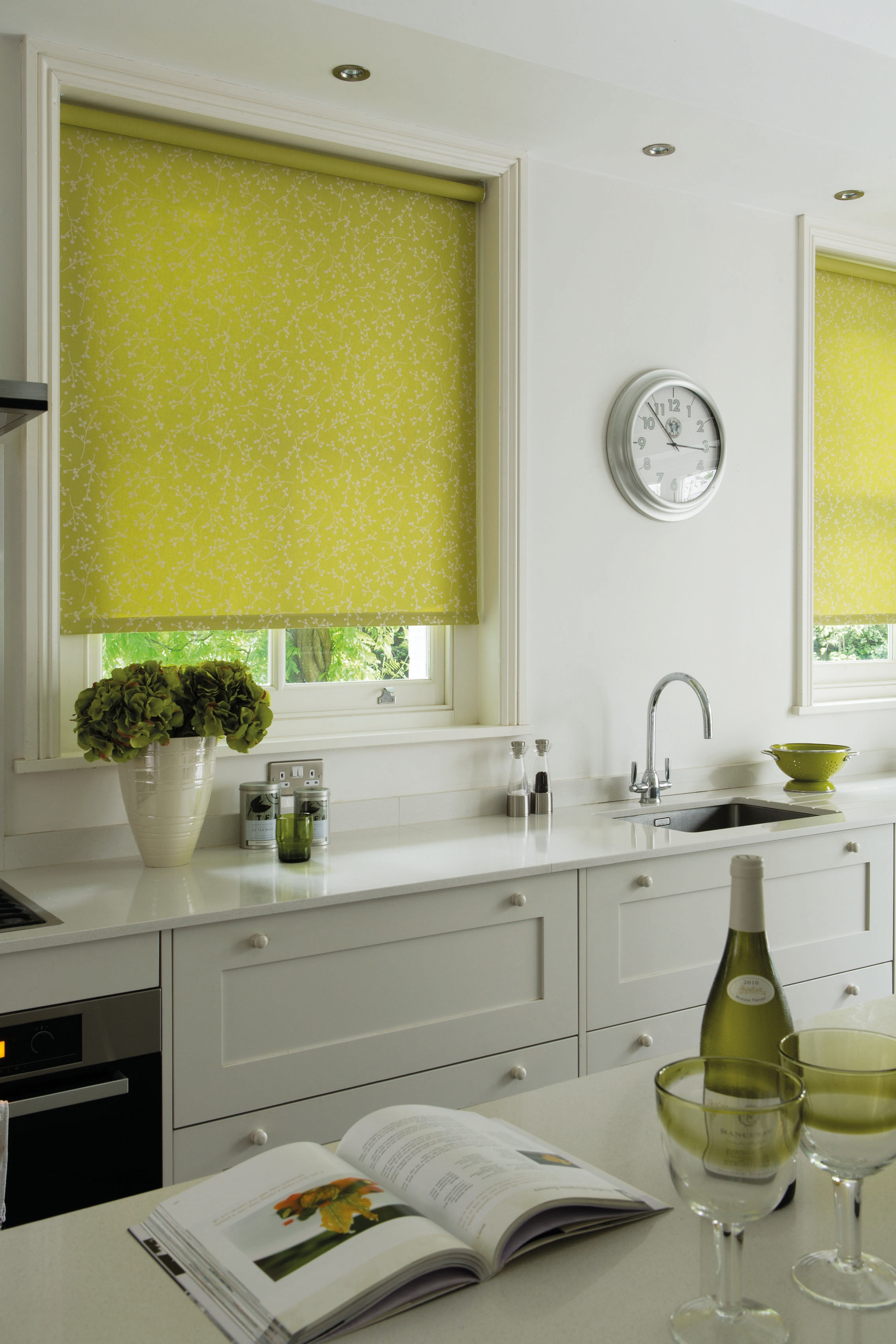 Cheapest Blinds Uk Ltd Lime Green Roller Blind Throughout Green Roller  Blinds (Image 4 Of