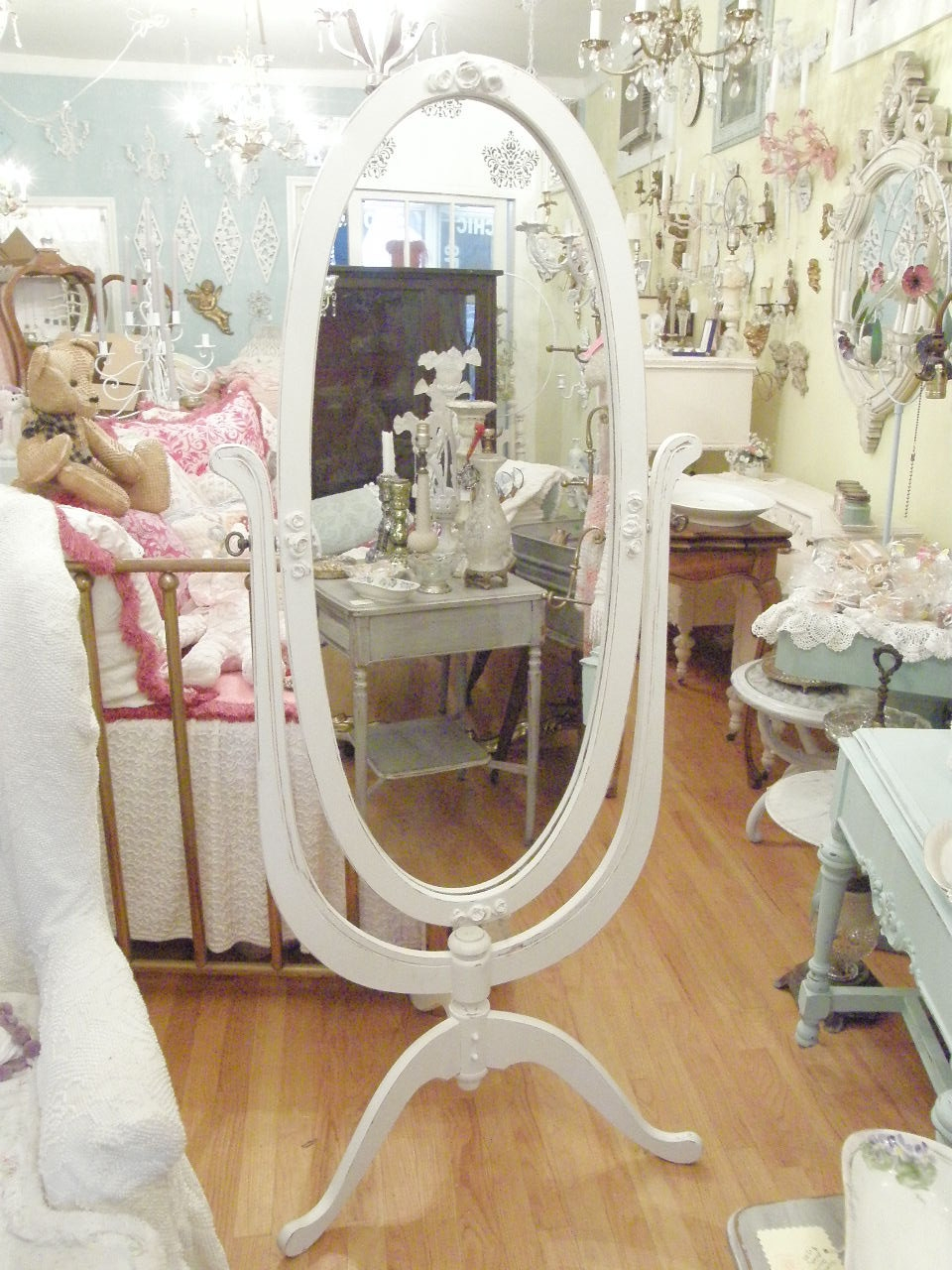 Chic Vintage Chic Furniture On Interior Home Remodeling Ideas With Within Shabby Chic Floor Mirror (Image 6 of 15)