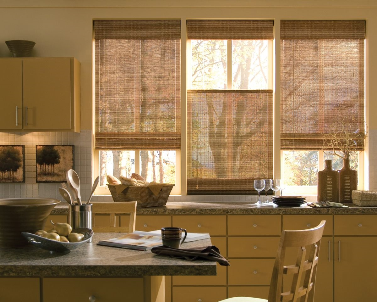 Choosing The Right Kitchen Window Treatments Interior Design Regarding Kitchen Curtains And Blinds (Image 3 of 15)