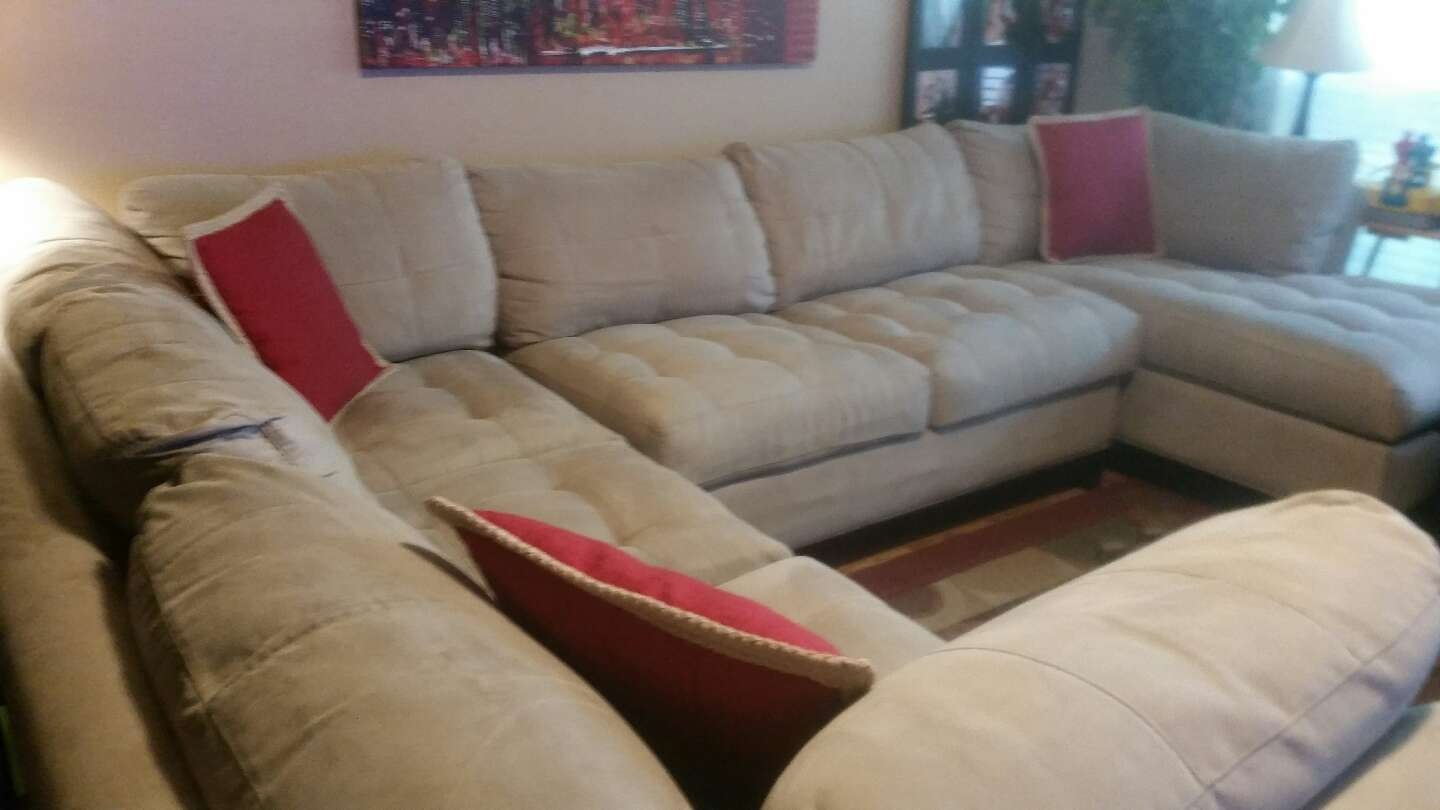 Cindy Crawford Sectional Sofa For Sale In Fort Worth Tx 5miles In Cindy Crawford Home Sectional Sofa (Image 9 of 15)