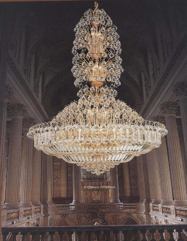 Classyc Large Crystal Chandeliers Advice For Your Home Decoration Throughout Big Chandeliers (Image 8 of 15)