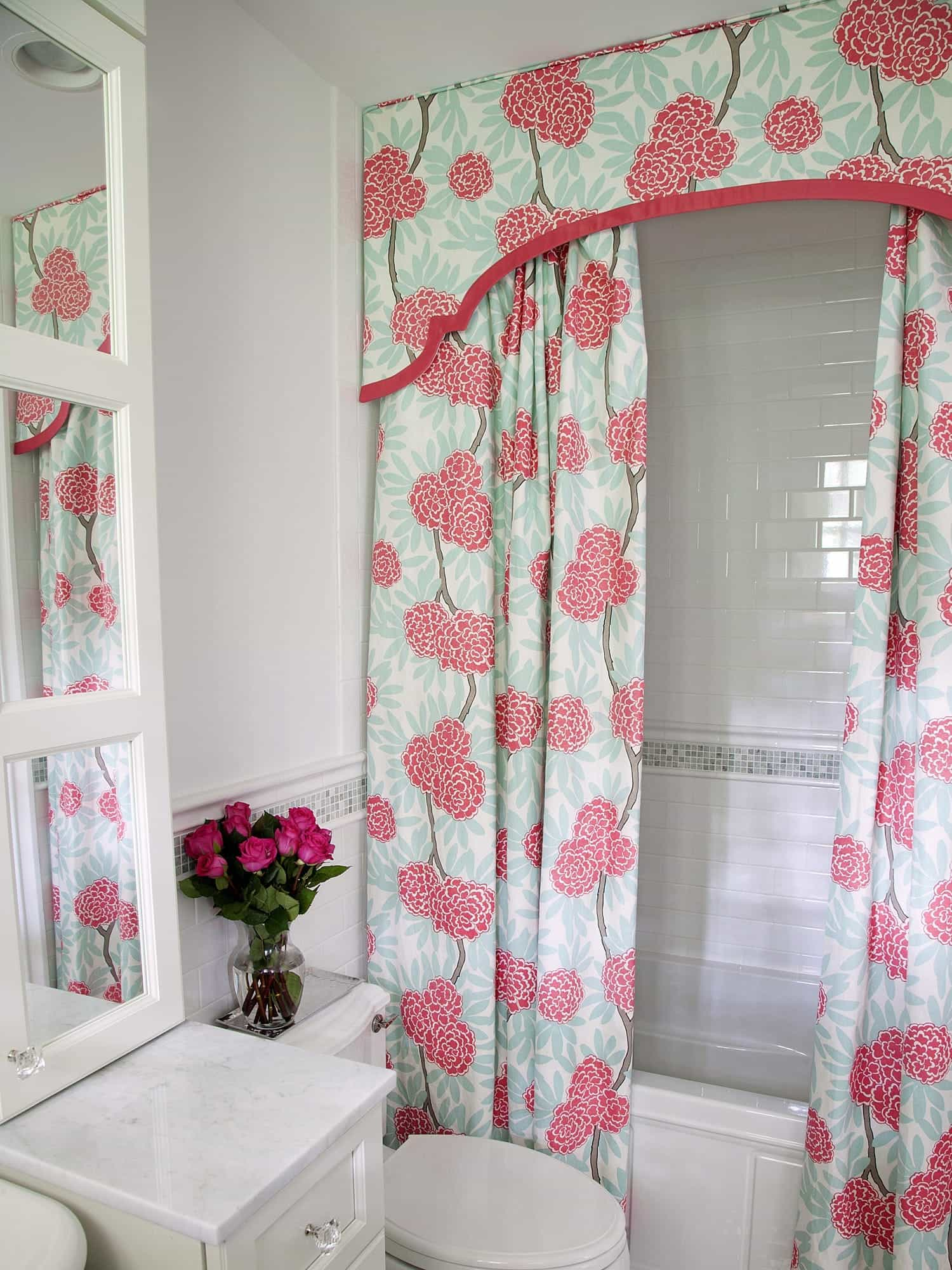 Colorful Floral Curtain In Modern Style For Bathroom (View 12 of 14)