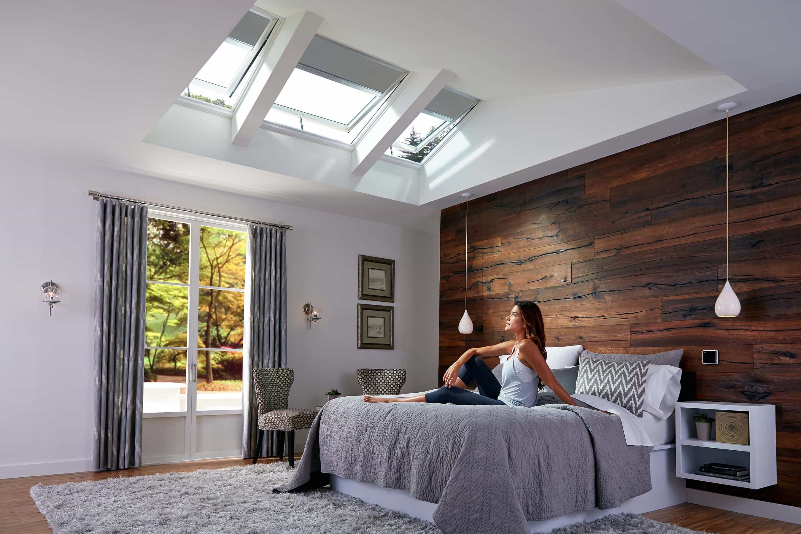 25 best skylights blinds and shades ideas 22172 tips ideas for Bedroom skylight