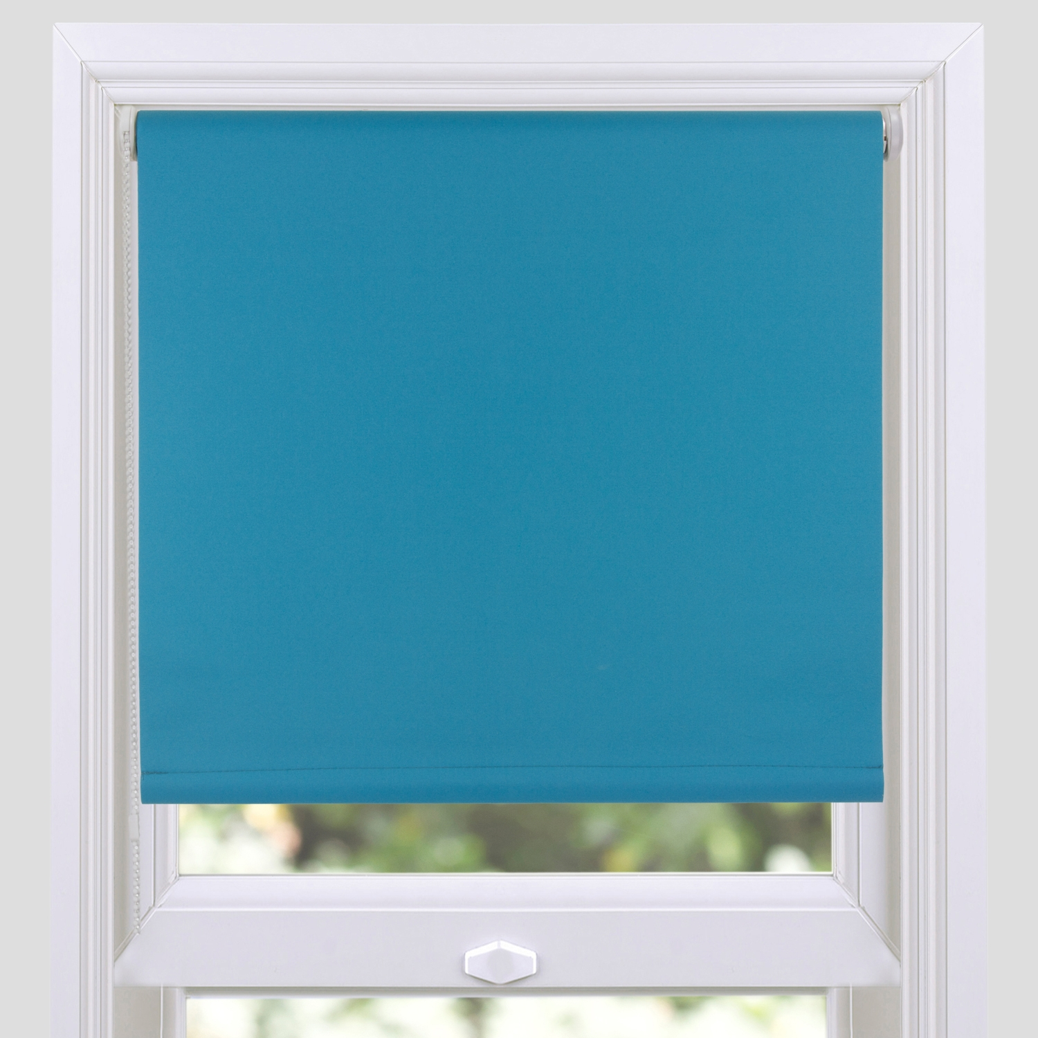 Contemporary Blackout Roller Blinds Throughout Thermal Roller Blinds (View 12 of 15)