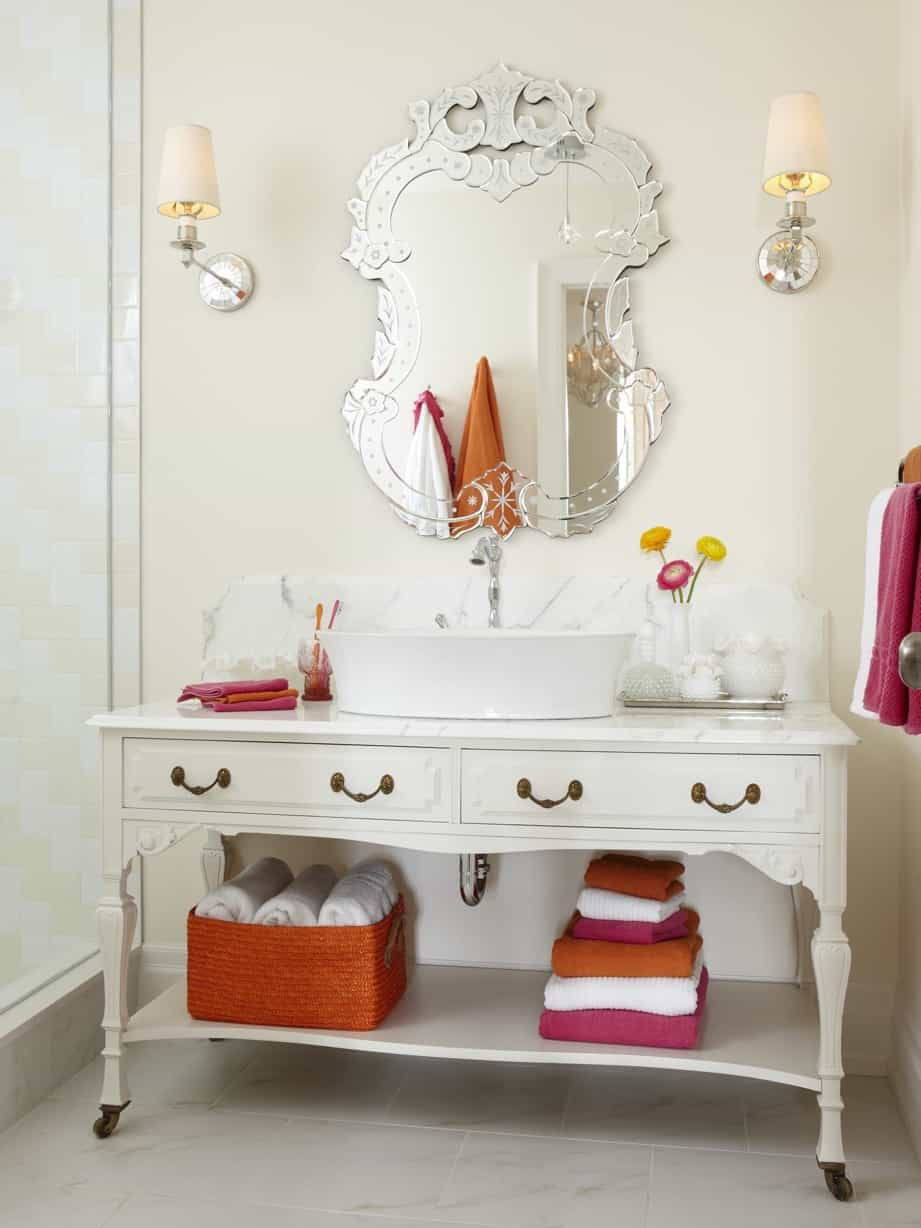 Featured Image of Cottage Style Bathroom Vanity