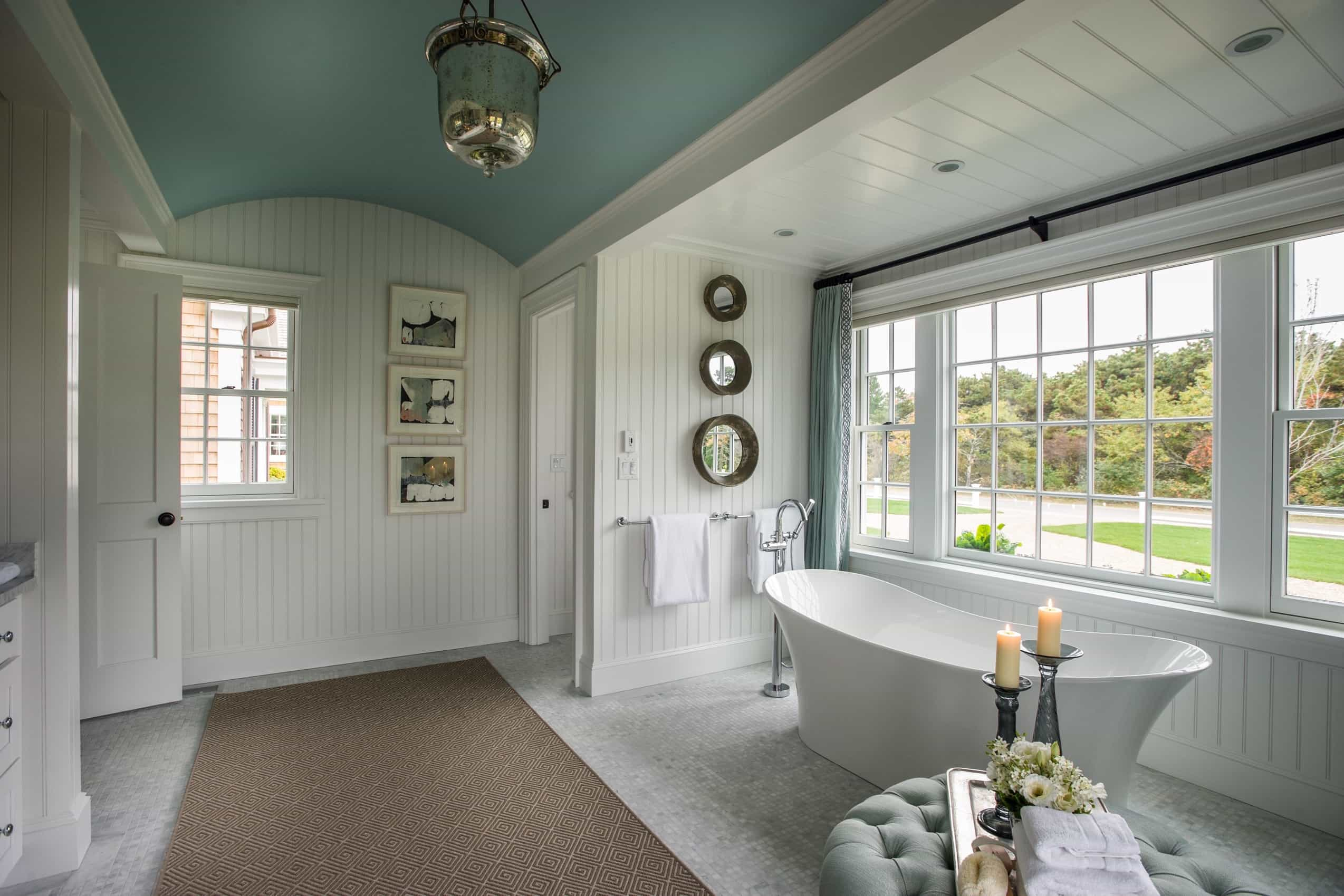 Featured Image of Country Cottage Bathroom With Free Standing Bathtub