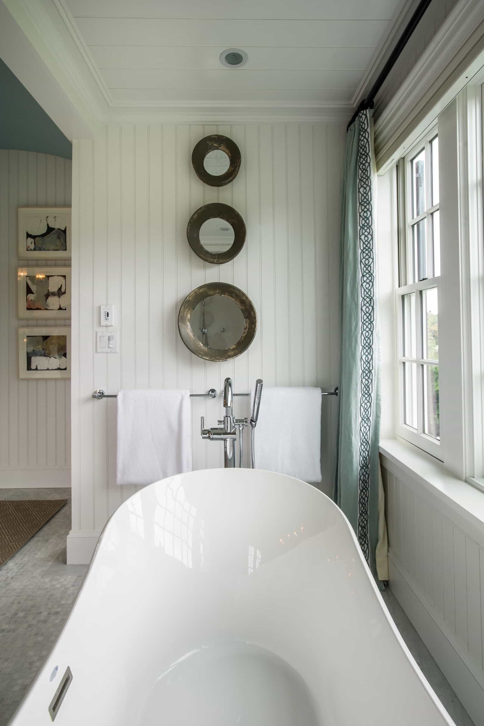 Featured Image of Country Cottage Bathroom Decor With Artistic Mirrors