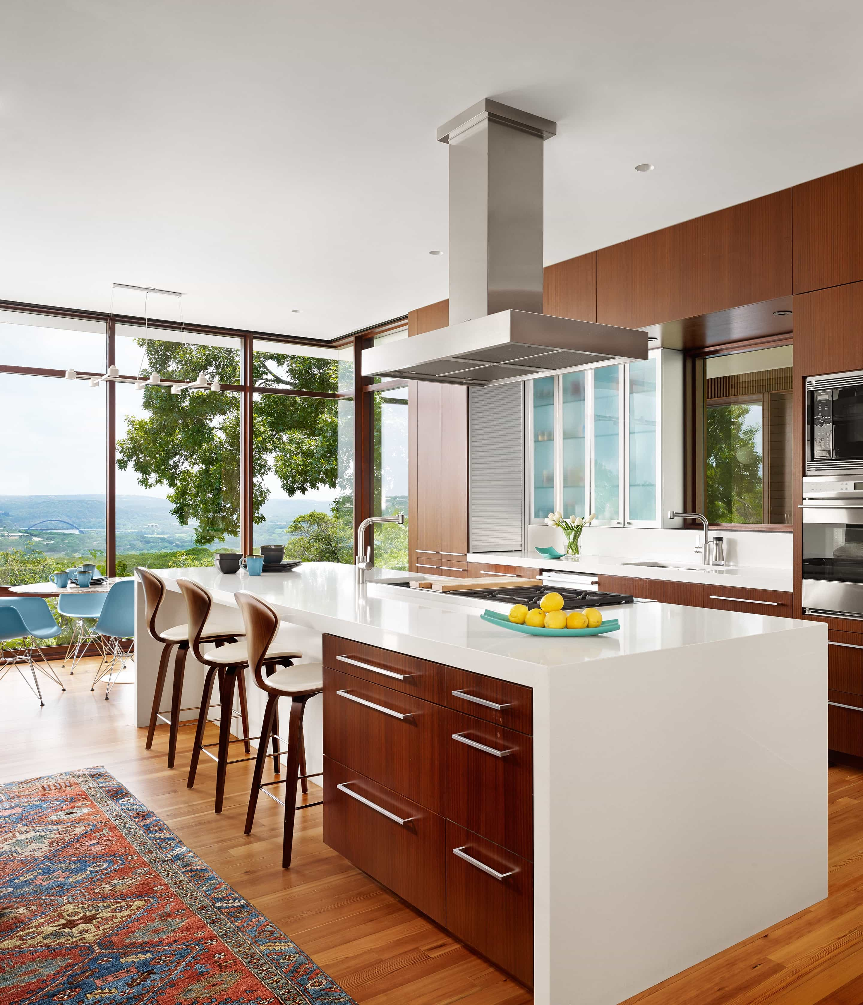Cozy Modern Fitted Kitchen Interior With Flat Panels Furniture (Image 3 of 15)