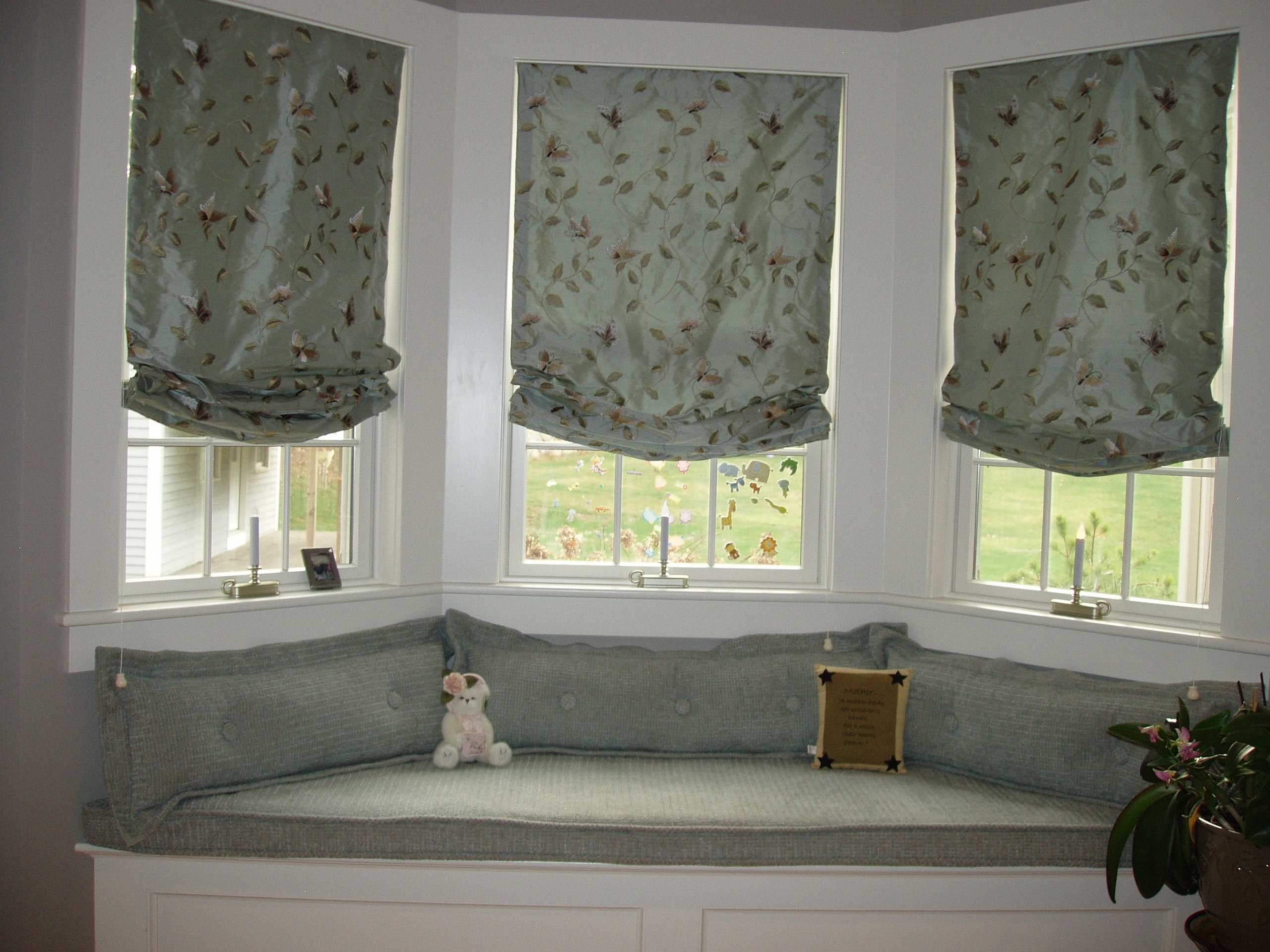 Cozy Window Seat With Silk Embroidered Roman Shadeswindow Within Silk Roman Blinds (Image 3 of 15)
