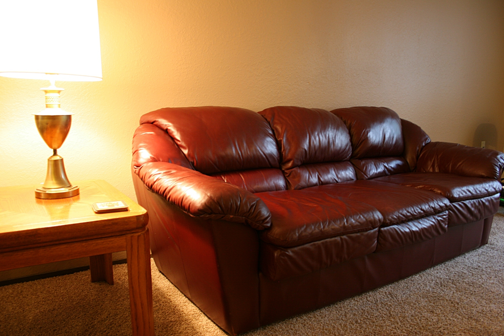 Craigslist Furniture Jacksonville Florida Seoegy Pertaining To Craigslist Leather Sofa (Image 3 of 15)