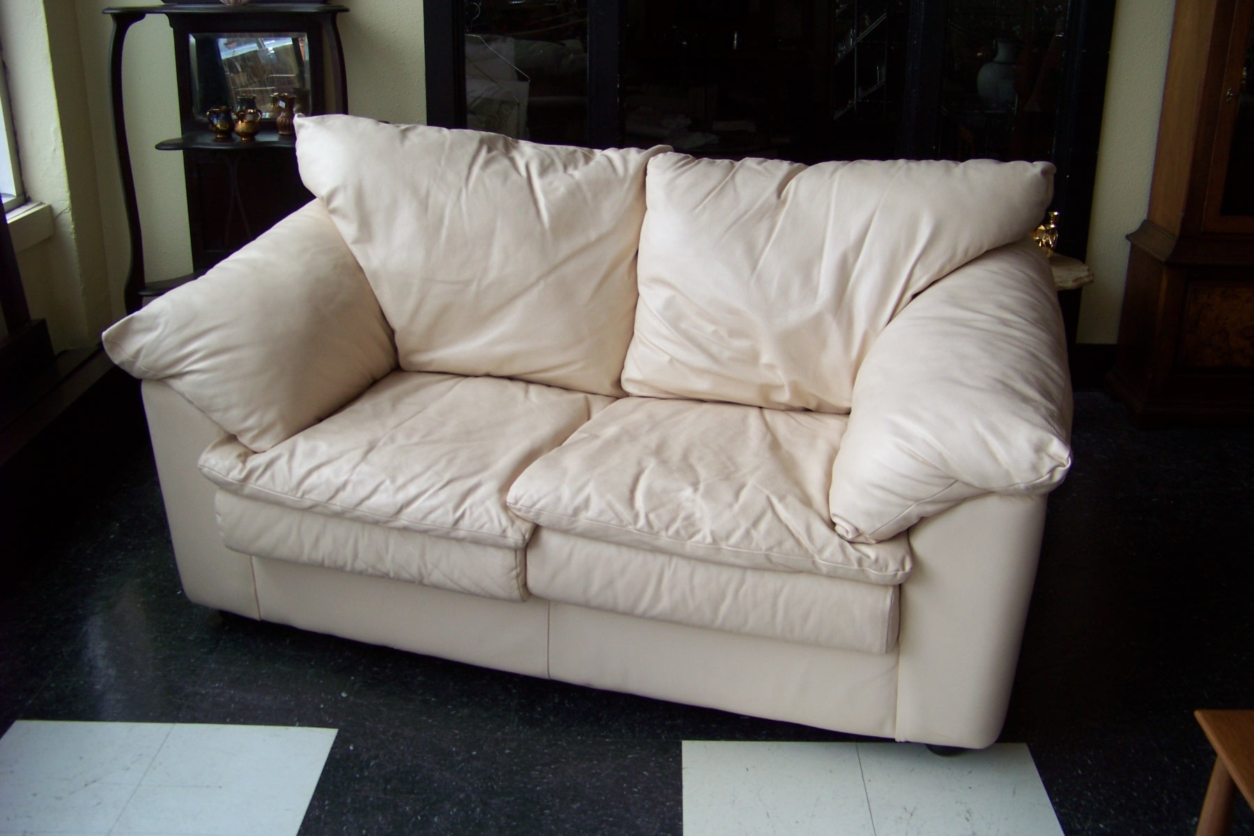 Cream Colored Sofas Sofa Menzilperde With Cream Colored Sofas (View 10 of 15)