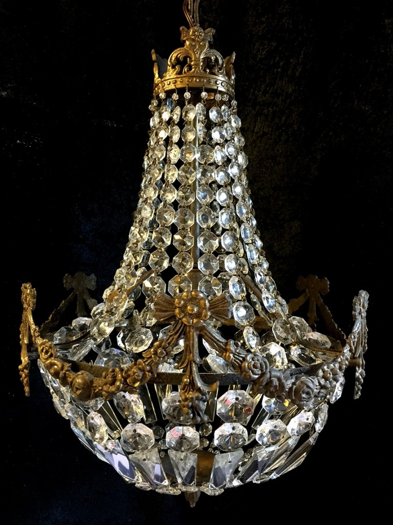 Crystal Corner Edwardian Sac A Perles Antique Chandelier With Edwardian Chandeliers (Image 2 of 15)