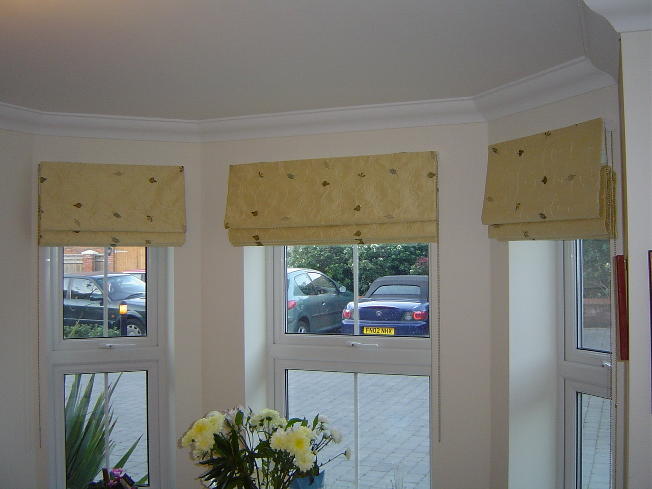 Curtains Blinds Poles Tracks Conservatory Blinds Bay Window Within Blackout Roman Blind (Image 9 of 15)