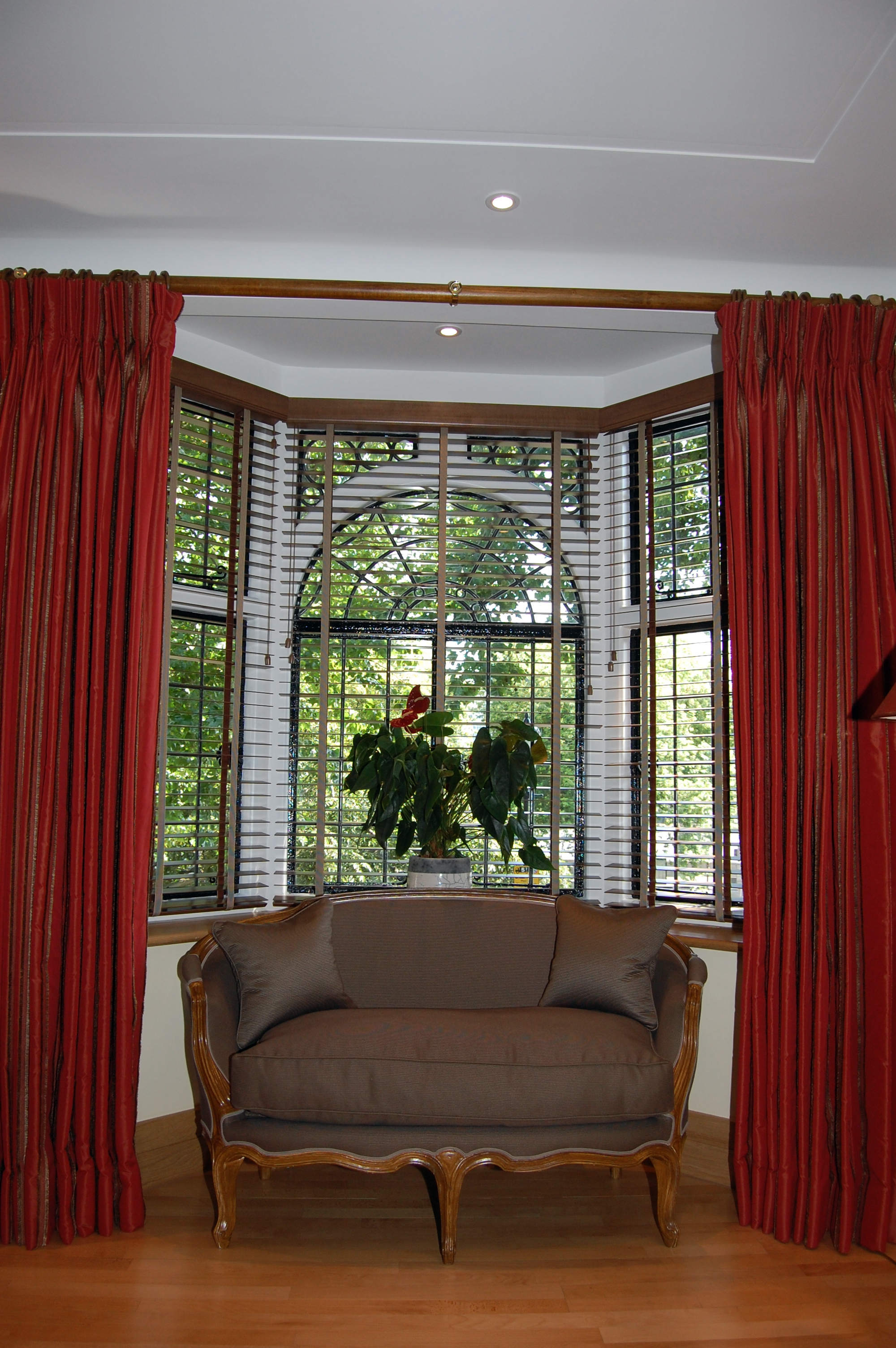 Curtains For Bay Windows Ideas Bay Window Curtains For Living Room Intended For Bay Windows Curtains (Image 8 of 15)