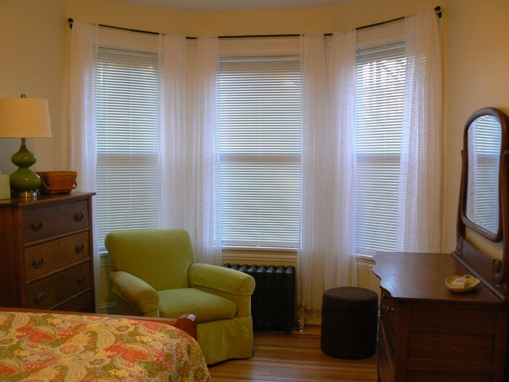 Curtains For Curved Bay Windows Ideas Decoration Arched Best With Curtains For Round Bay Windows (Image 4 of 15)