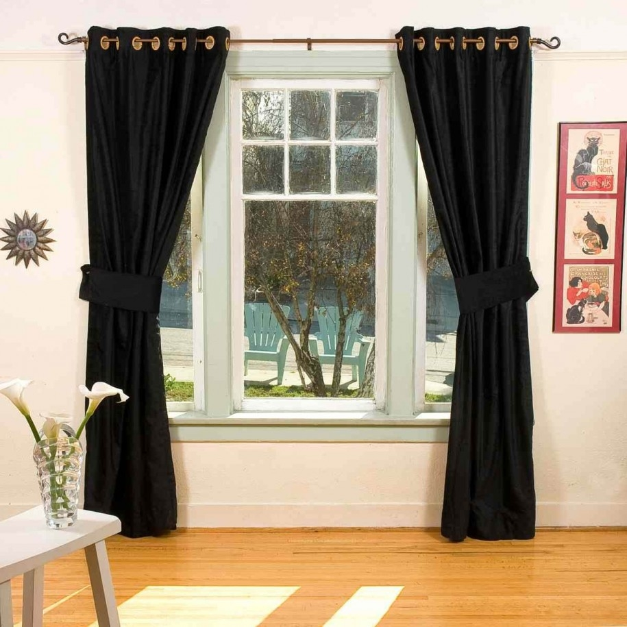 Curtains For Living Room Elegant Contemporary Living Room Ideas For Black And Brown Curtains (Image 9 of 15)