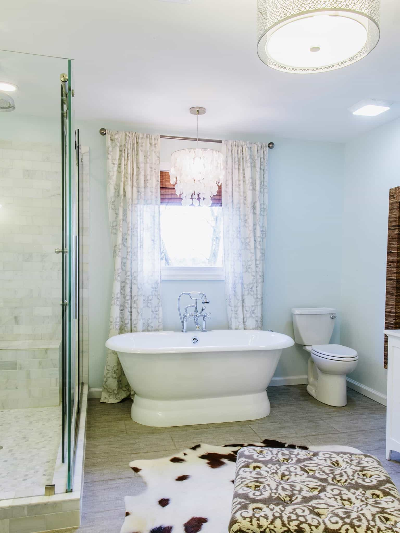 Cute Rug For Light Blue Bathroom With Freestanding Tub (Image 6 of 11)