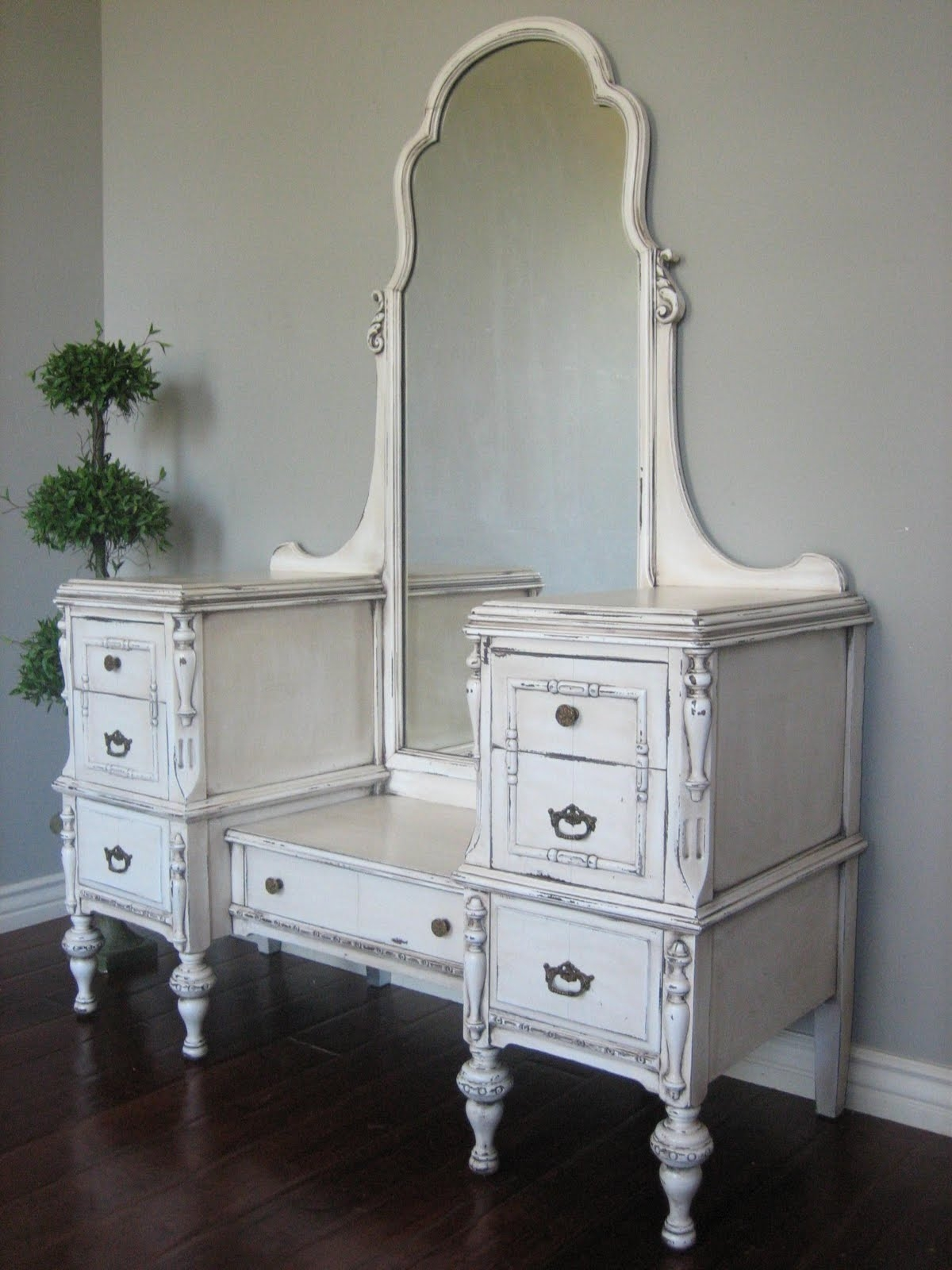Dark Wood Dressing Table With Mirror Mpfmpf Almirah Beds Within Antique Dressing Mirror Full Length (Image 12 of 15)